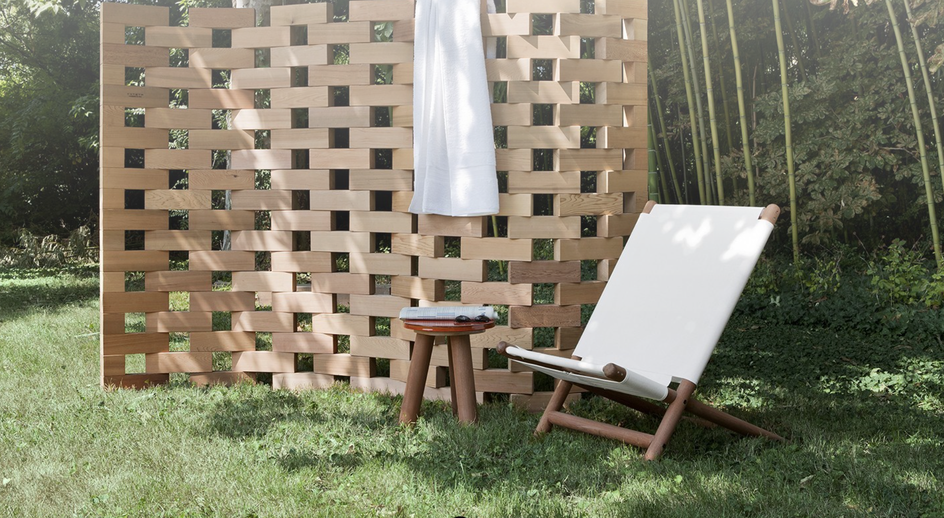 Paraggi Beach Chair & Zen Screen   -  Inquire