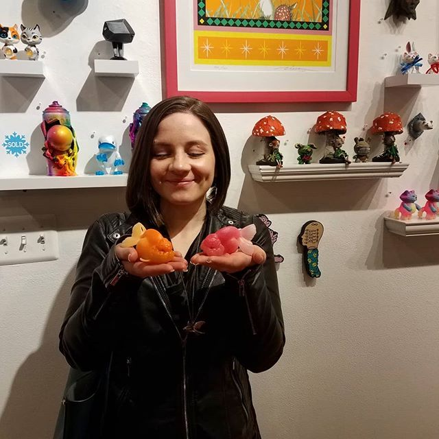 Popped up to my old stomping grounds in Beacon, NY last night for @cluttermagazine #GiftWrapped18 gallery opening 😁 ⁣ It was great to see such an awesome variety of pieces from toy artists all over the world in one place! To add to the eclectic collection, I brought my first two painted editions of my brand new Ranchu resin figurine💙🐟💙 ⁣ *Swipe to see more!* ⁣ ⁣ Thanks for inviting me to participate in the fun! ⁣ If you arent able to see the show in person this month, you check out all these pieces and more at shop.cluttermagazine.com and grab yourself some really unique holiday gifts while their still available!⁣ ⁣ #Designertoys #Resintoys #Figures #Collectibles #customtoys #아트토이 #피규어 ⁣