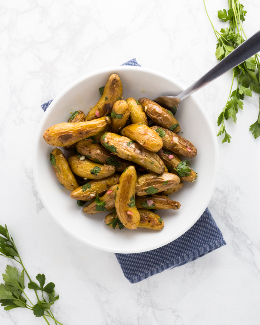 Simple, fresh and delicious. These roasted fingerling potatoes will be your new go-to for every occasion.