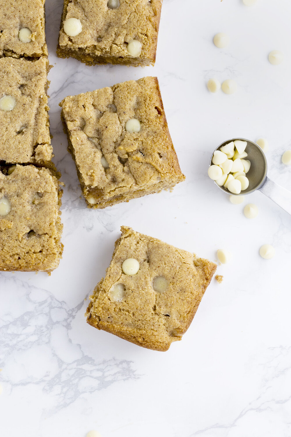 Bake Believe: Low-Carb White Chocolate Chip Blondies