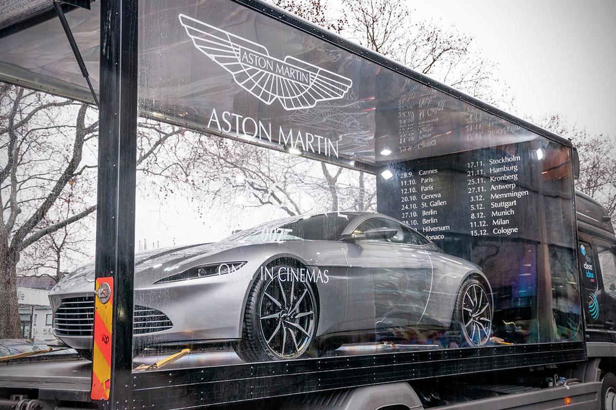 Automotive Showcases
