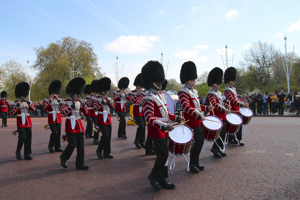 changing-the-guard-tour-buckingham-palace-private-tour.jpg