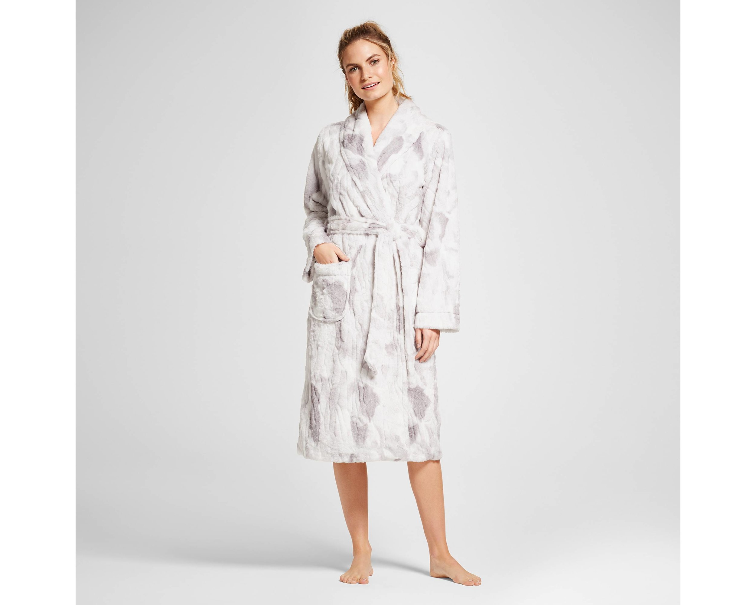 A COZY ROBE... - because everyone needs one