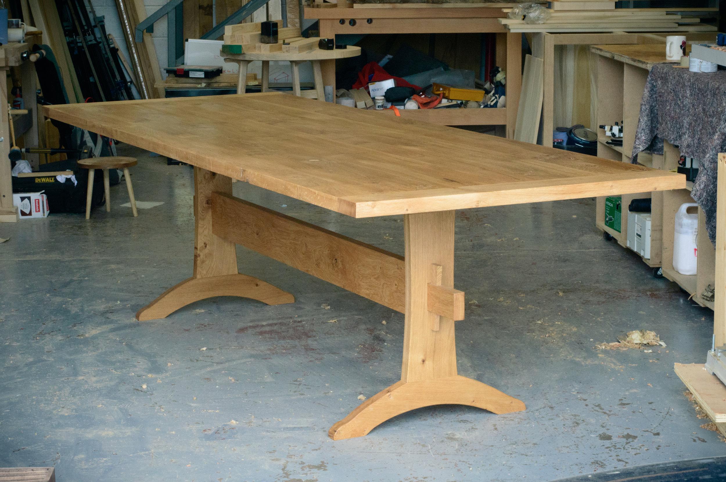 oak trestle table