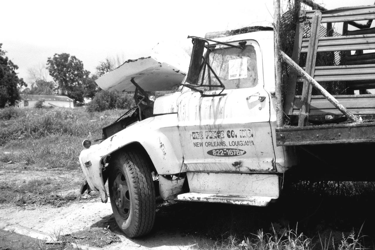 lower-9th--no-truck-no-business_3497510215_o.jpg