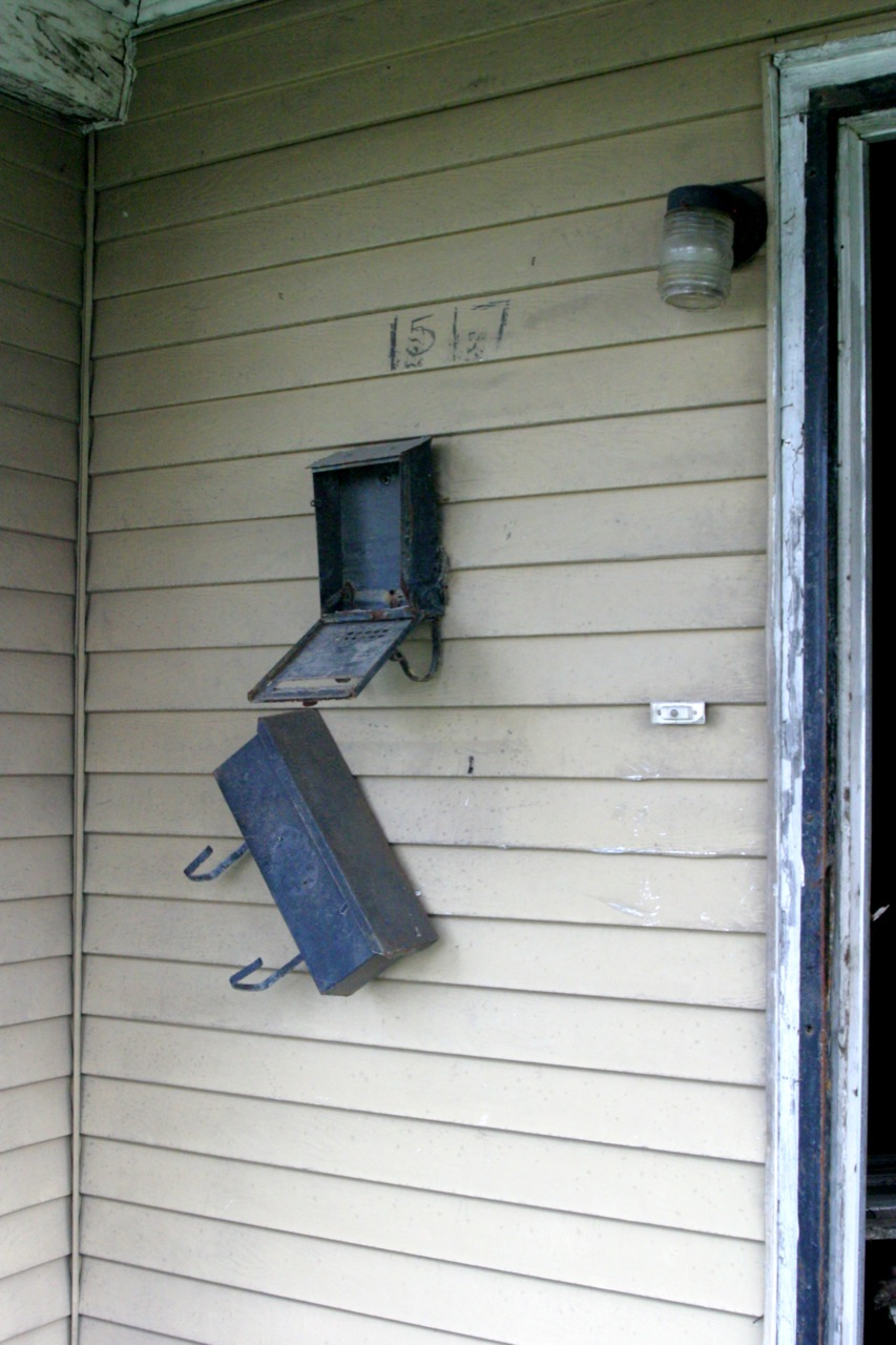 lower-9th--the-mail-does-not-go-through_3497507727_o.jpg