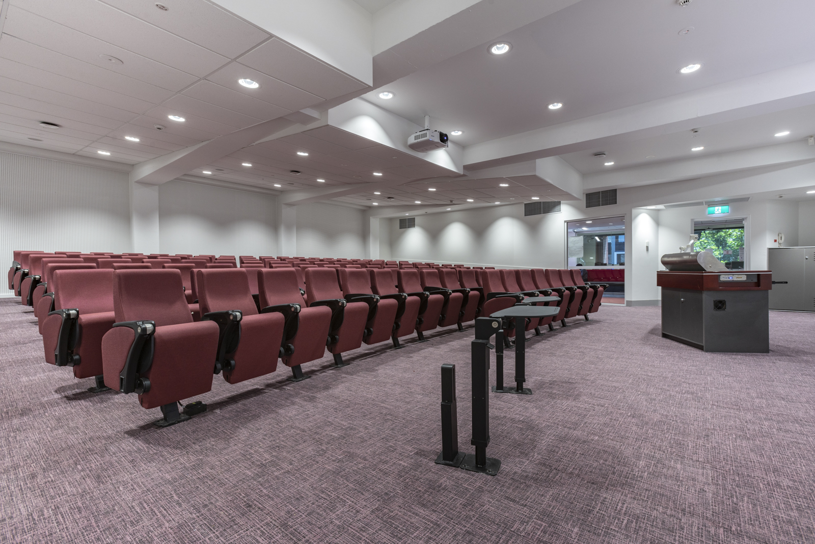 Alchemy Construct - RMIT Lecture Theatres Building 56 City Campus Lvl. 4 _A737592.jpg