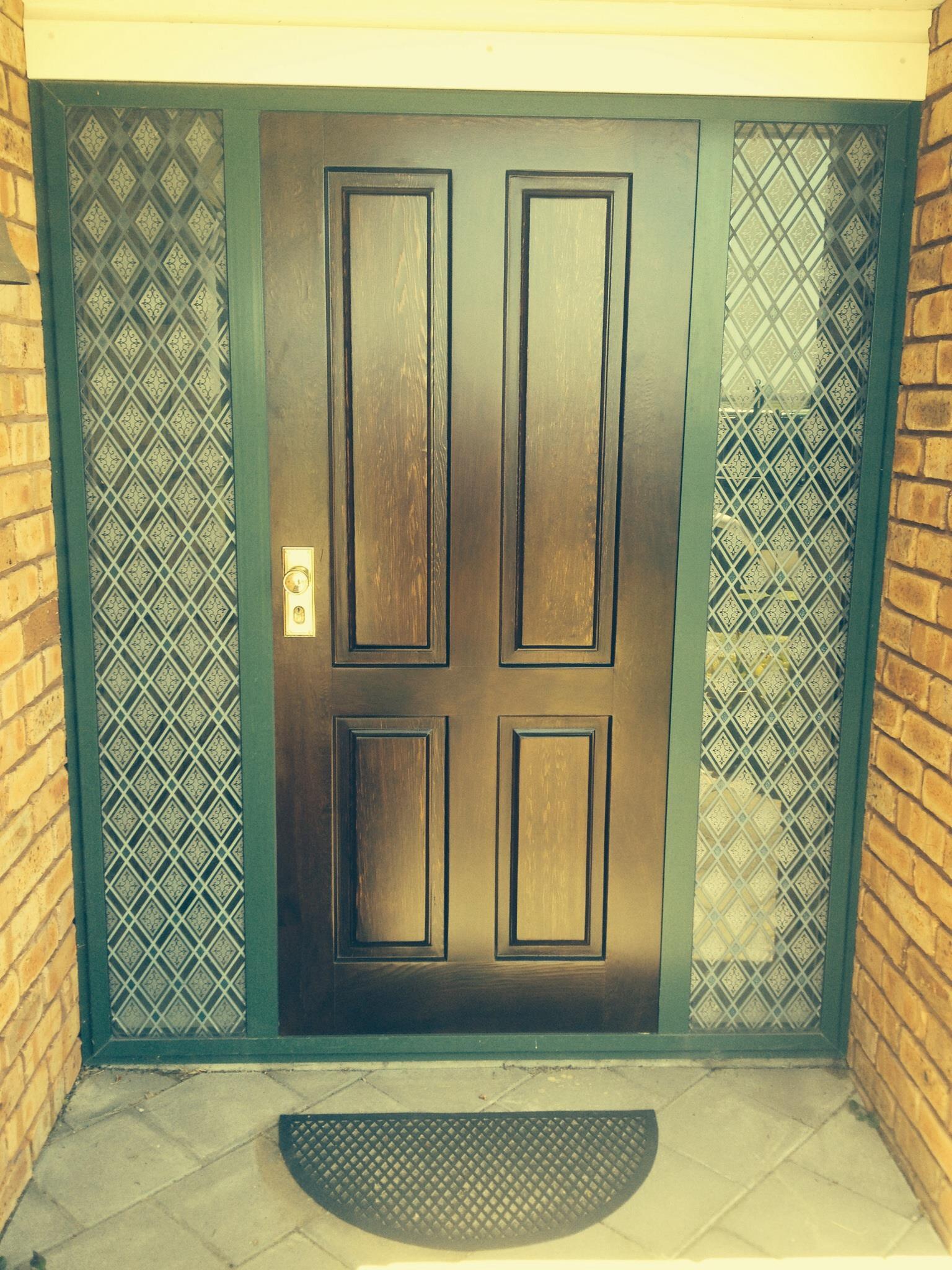 1404946_481853635268153_1203126352_o after door.jpg
