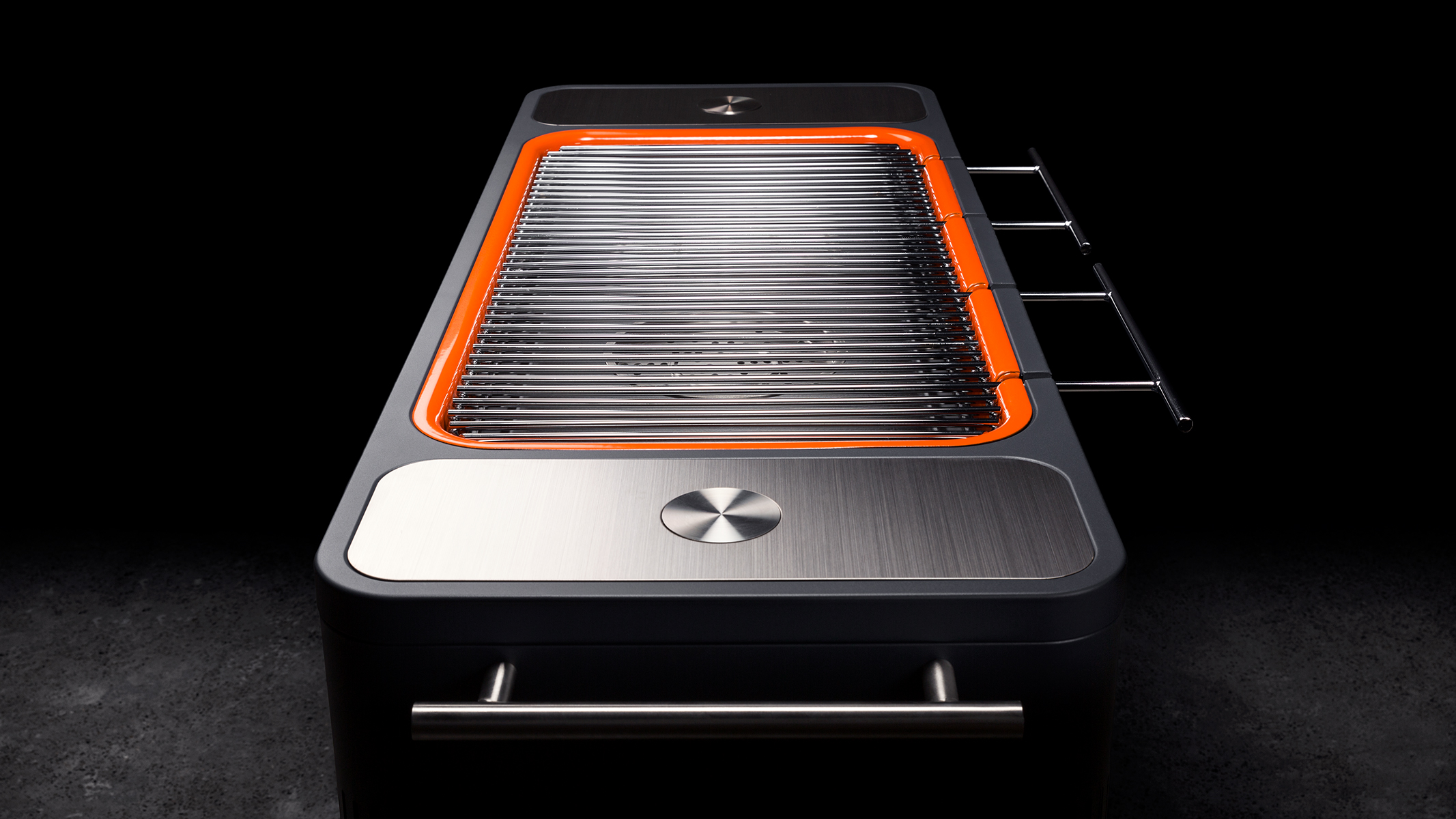 Everdure by Heston Blumenthal HUB Charcoal Barbeque