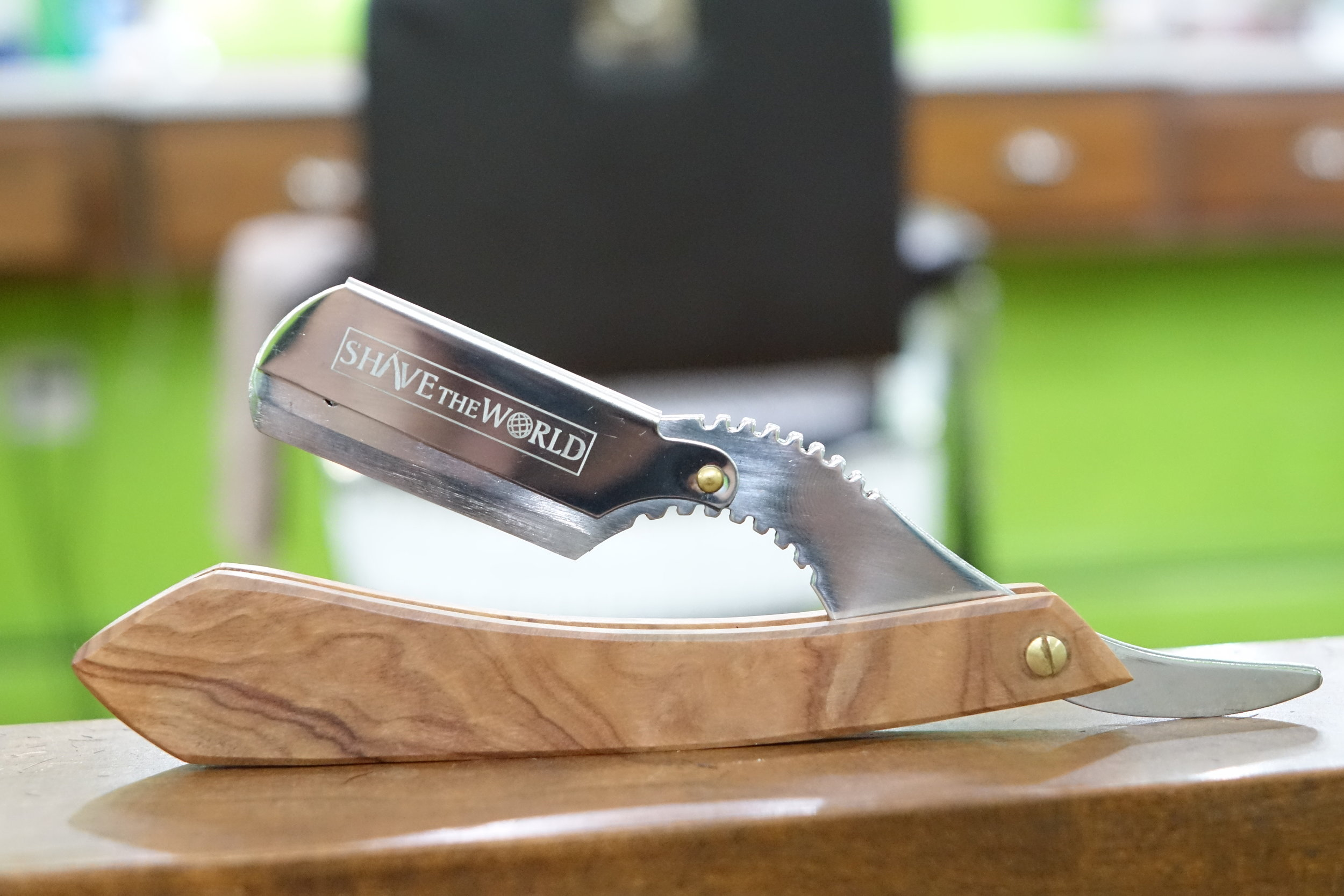 The Dutch - Stainless steel razor body and sturdy wood handle, this piece is a touch of class. These razors are an homage to the barbershops in Amsterdam. Like the dutch barbers and their shops, these razors boast clean lines, a sleek/modern look with a touch of the old world.