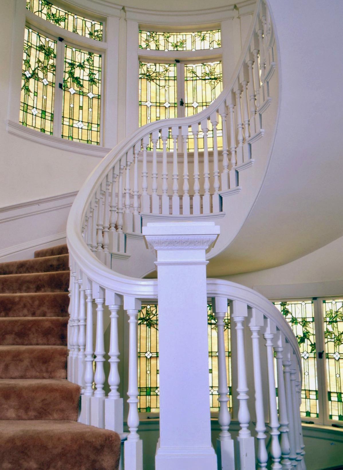21 Preisio Terrace stair 2.jpg