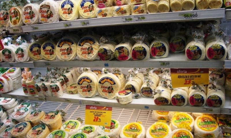 arepa-shelves.JPG