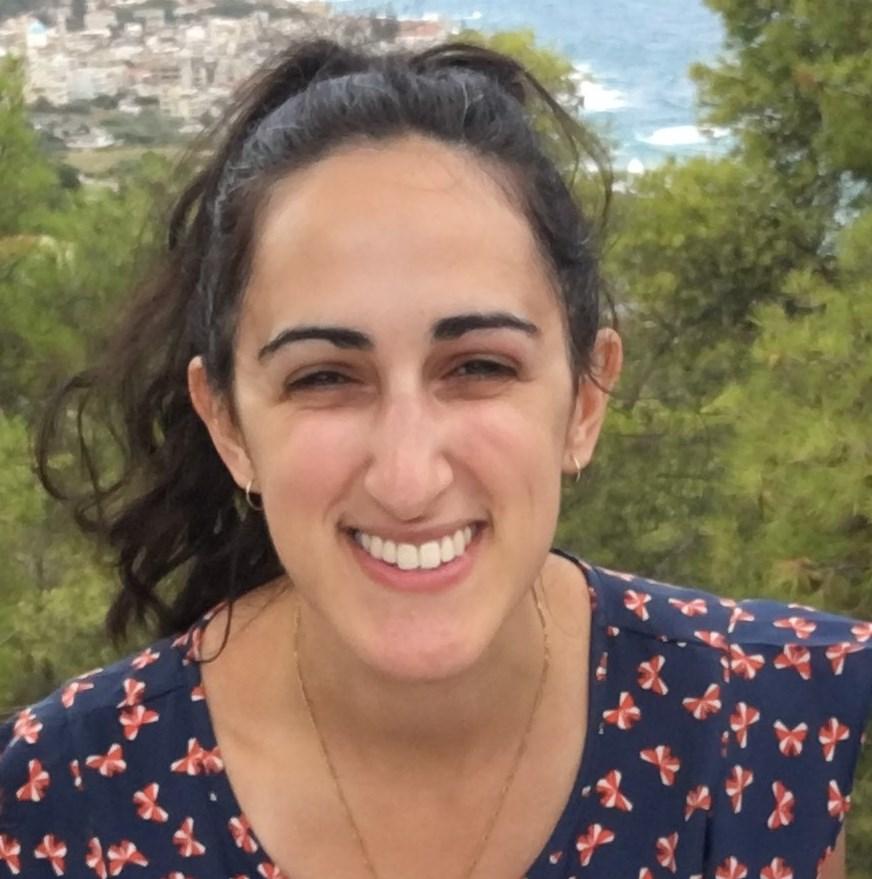 Denise Anagnostou - Lead Greek Writer