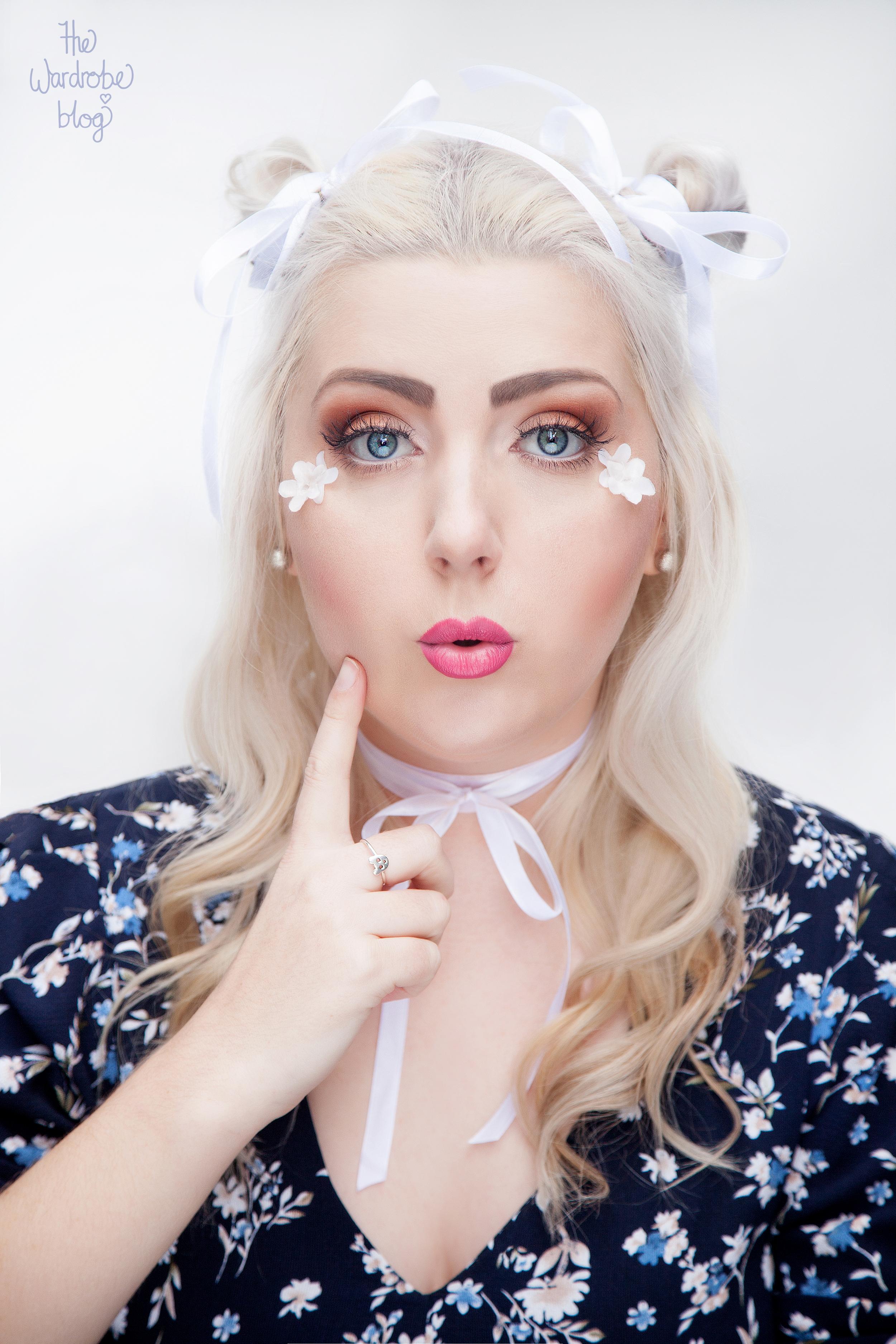 Portrait-Makeup-Fashion-White-Floral