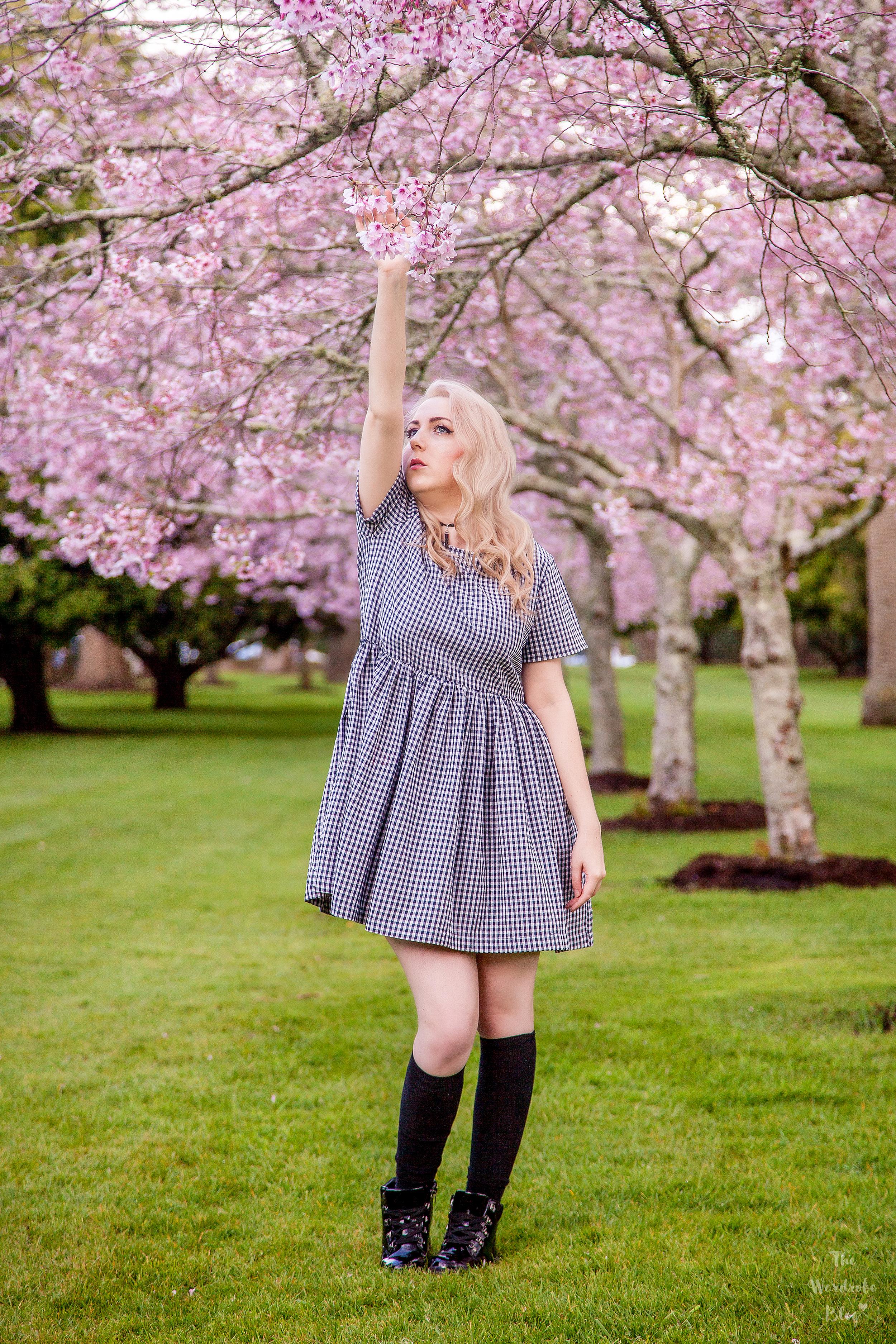 Spring-Flower-Huffer-Dress-Gingham-Blog