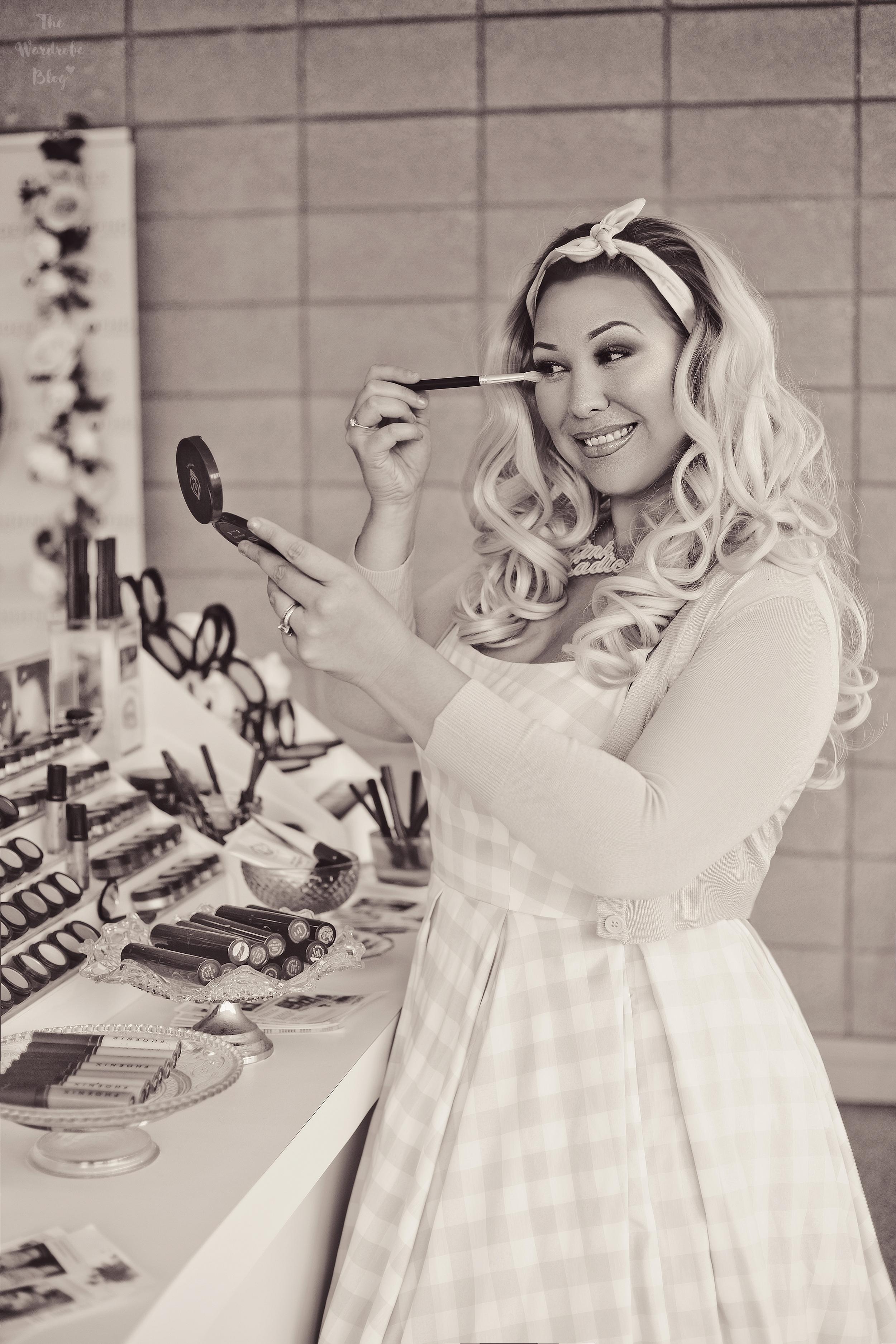 Phoenix-Renata-Cosmetics-Interview-B+W