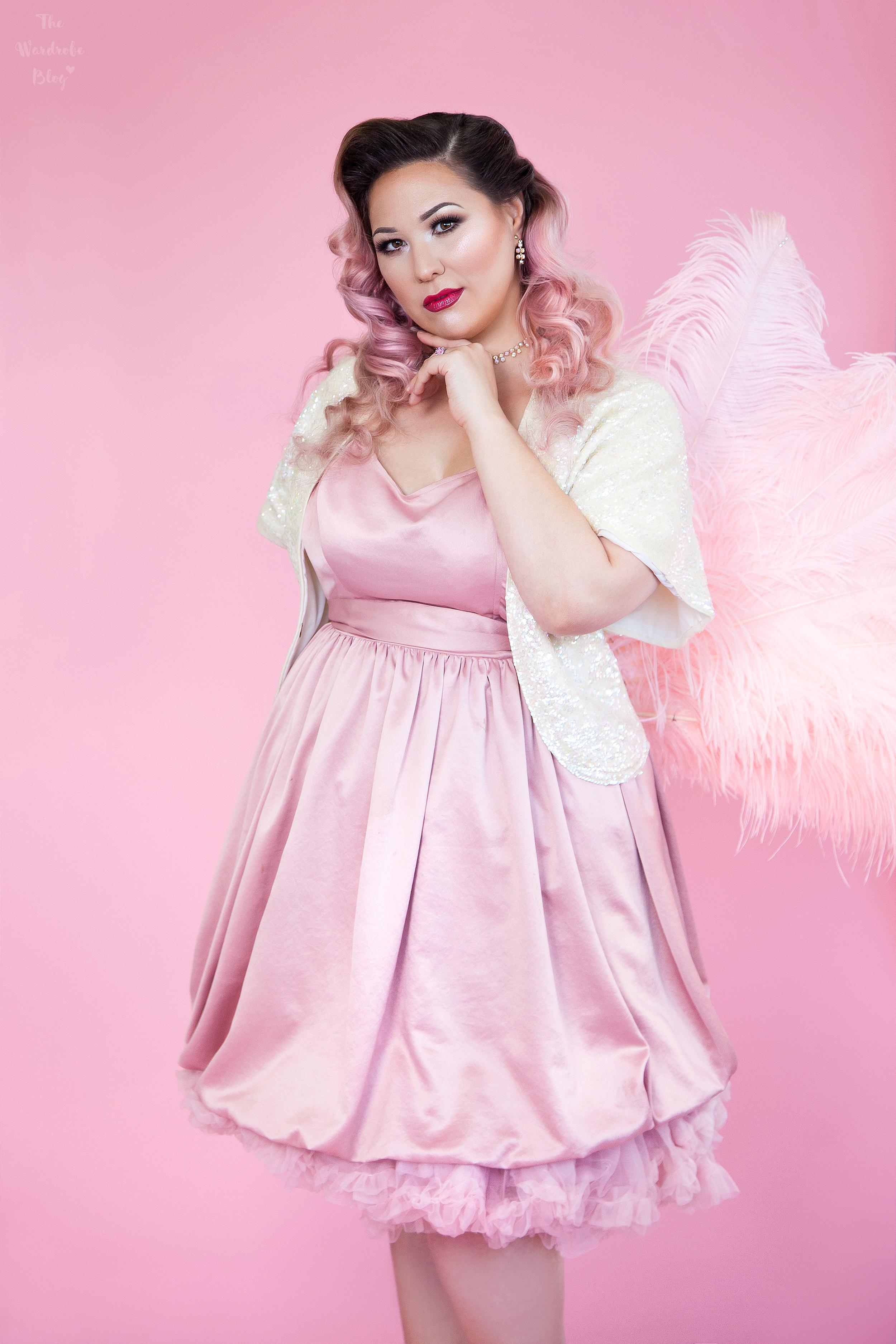 Phoenix-Renata-Feather-Feature-Full