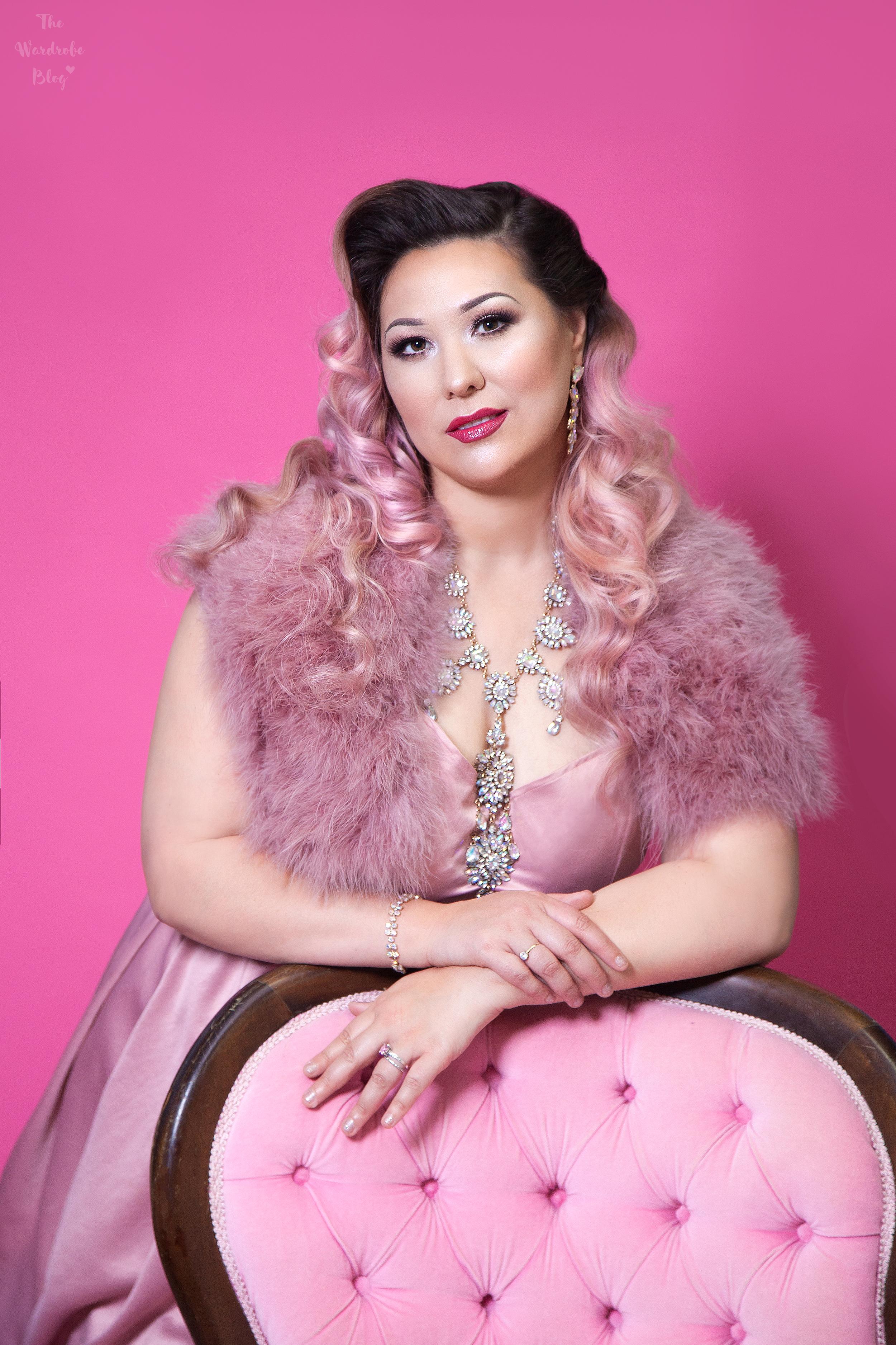 Phoenix-Feature-Chair-Pink-Feature-Portrait