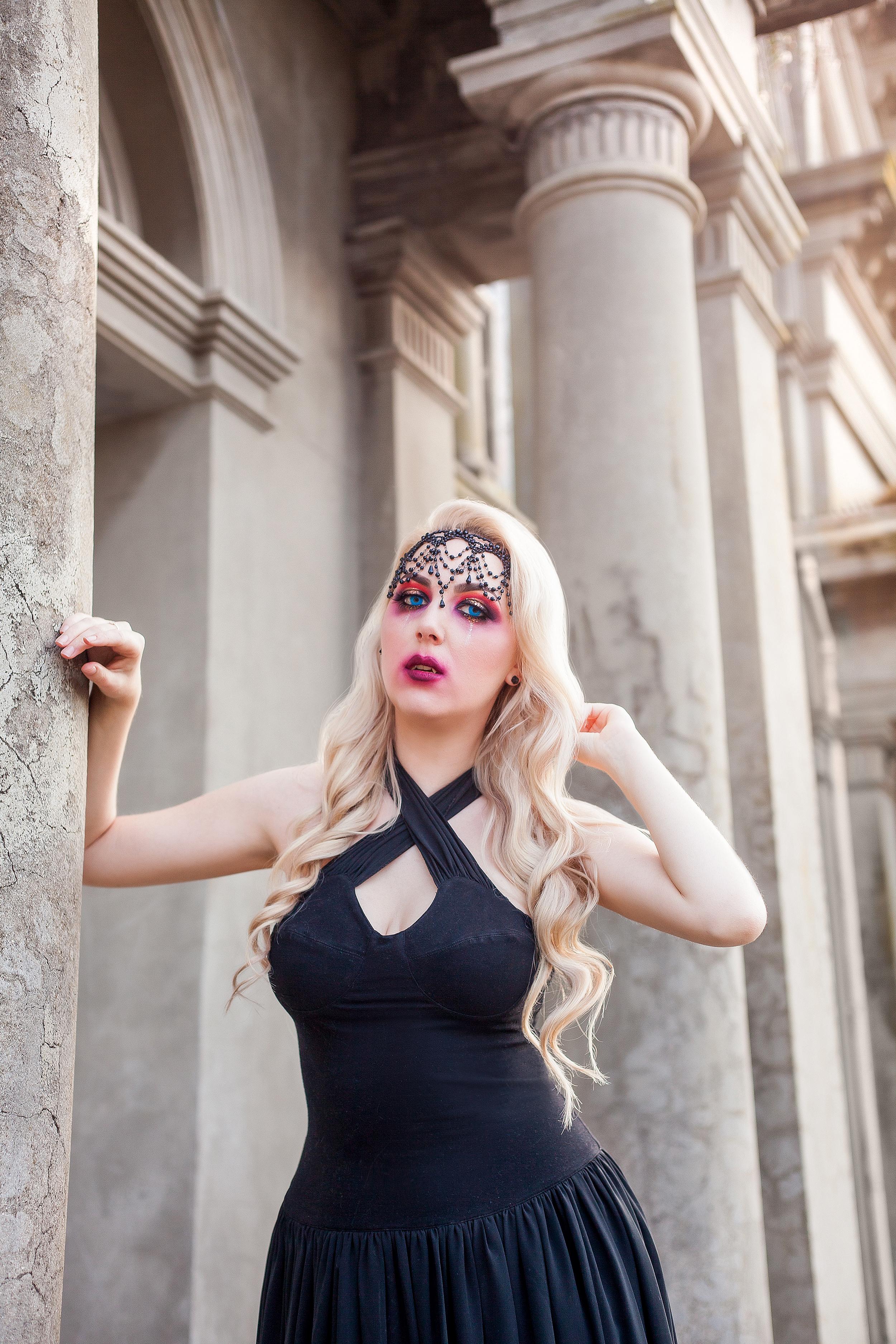 Halloween-2018-Vampire-Phoenix-Renata