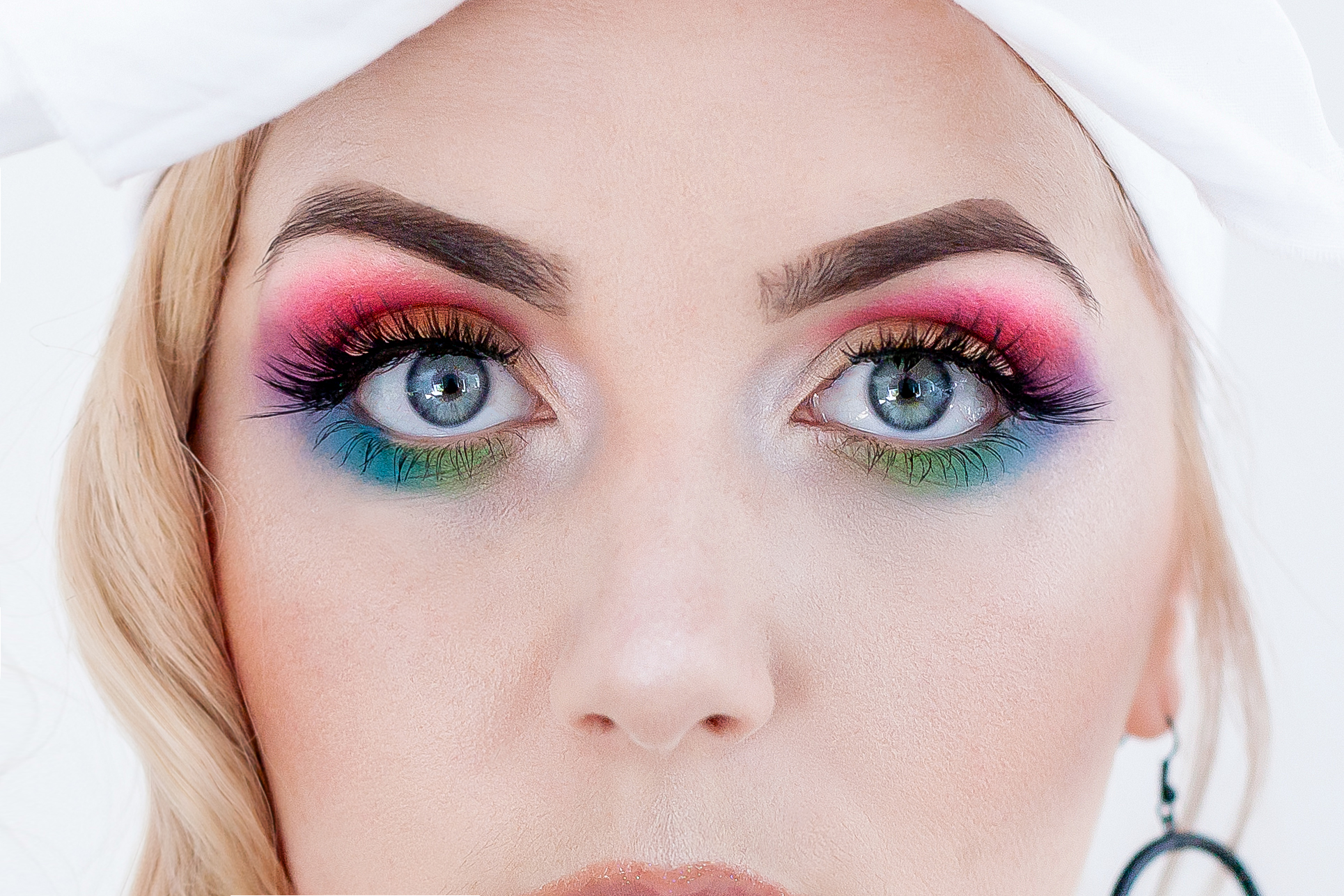 Rainbow-MOTD-Closeup