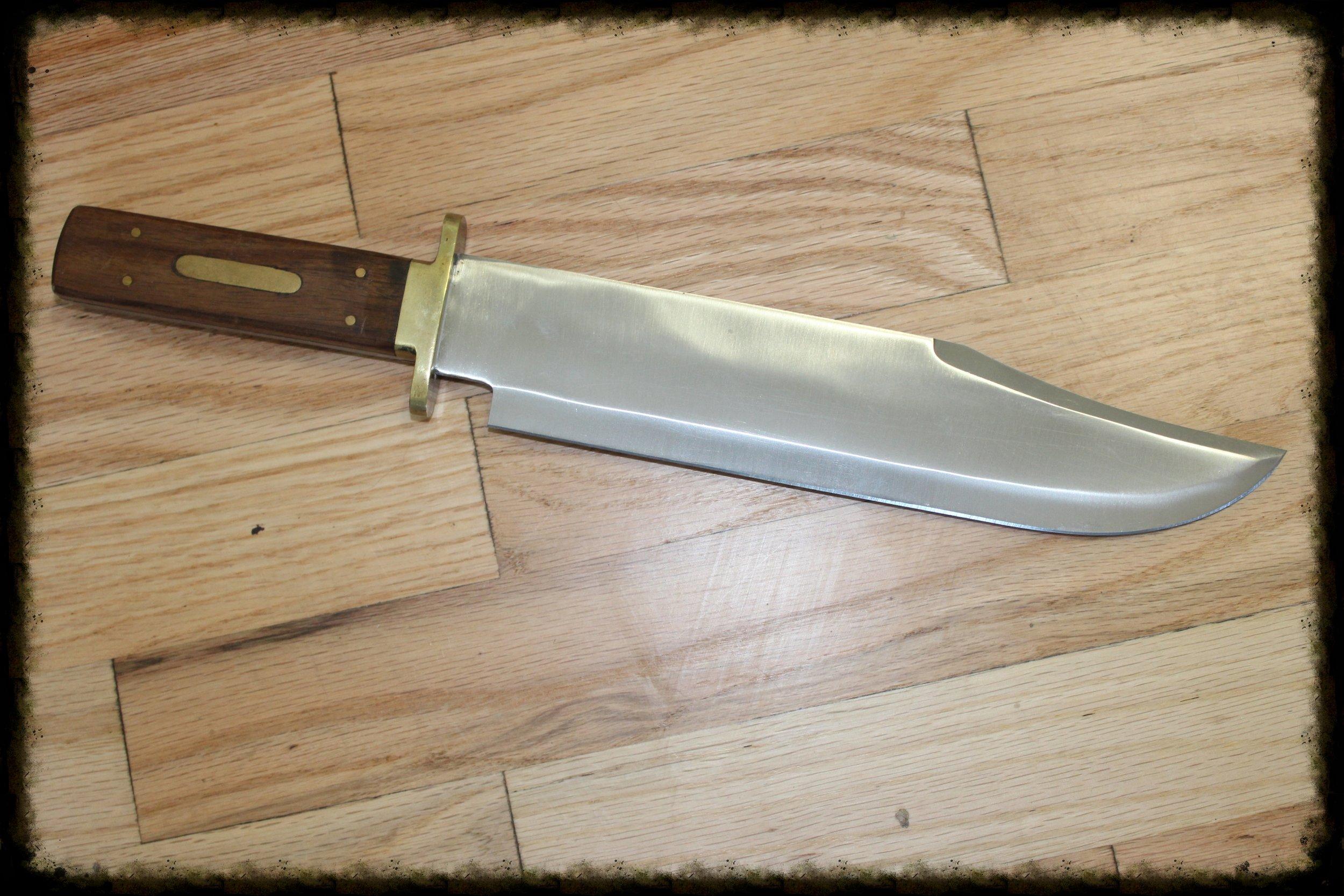 Daggers & Knives