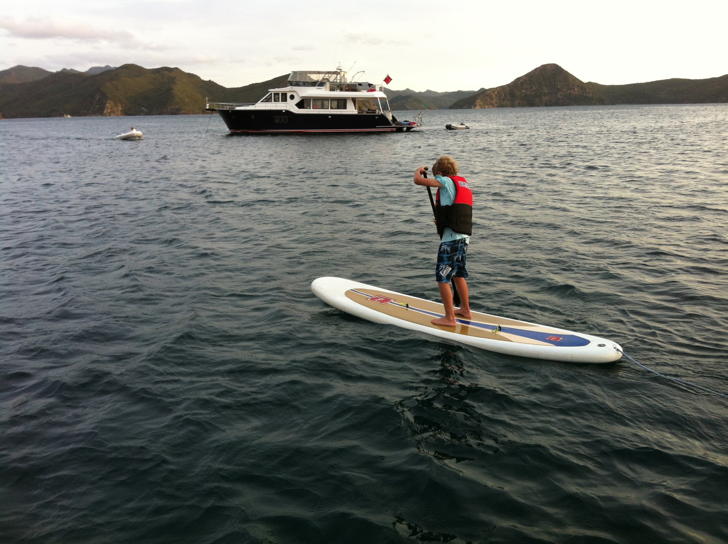 Paddleboarding Activa background.jpg
