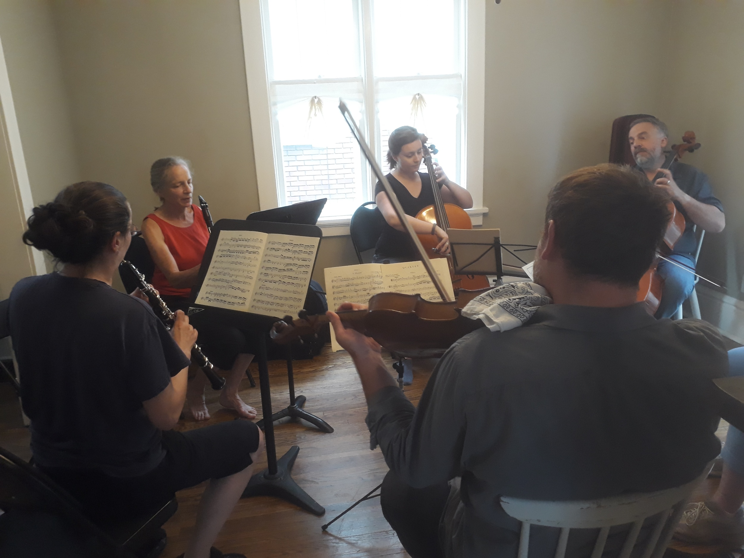 When we were (mostly) done loading the U-Haul truck back in Kitchener, we did what everybody should do when they're moving out of a house - host a chamber music reading party! What a great way to say goodbye.