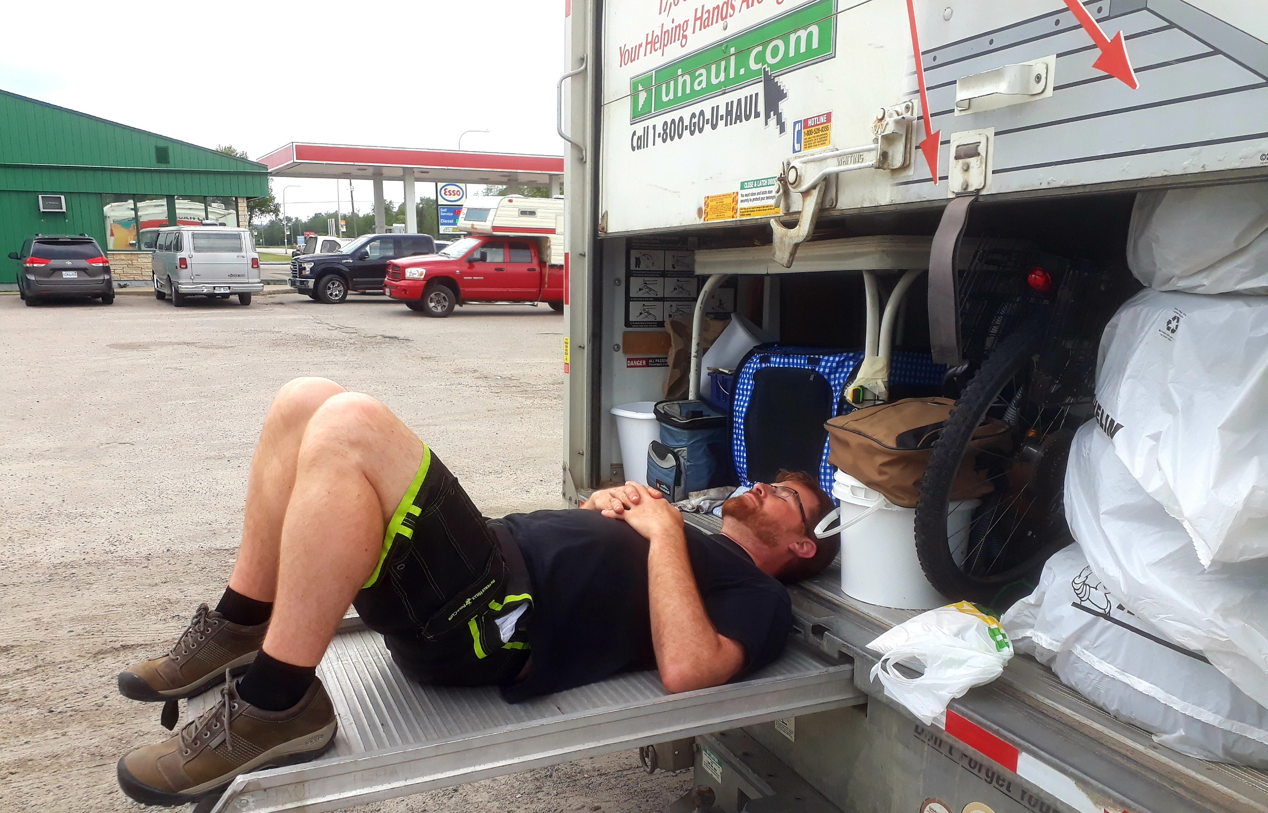 And at some point along the way I took a very brief nap on the U-Haul ramp. It was surprisingly comfortable! I'd do it again.