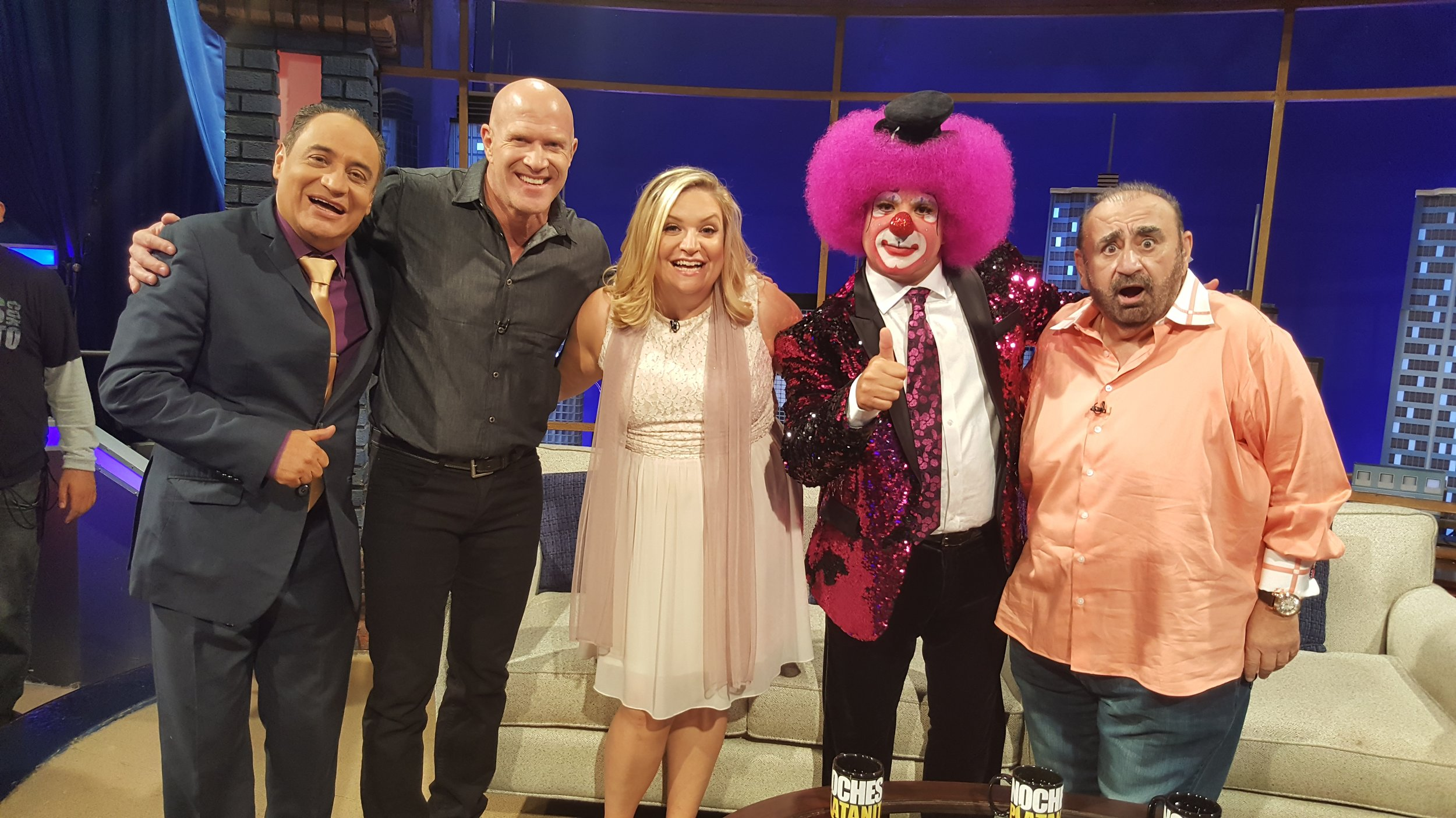 Mary Kennedy on Noches con Platanito