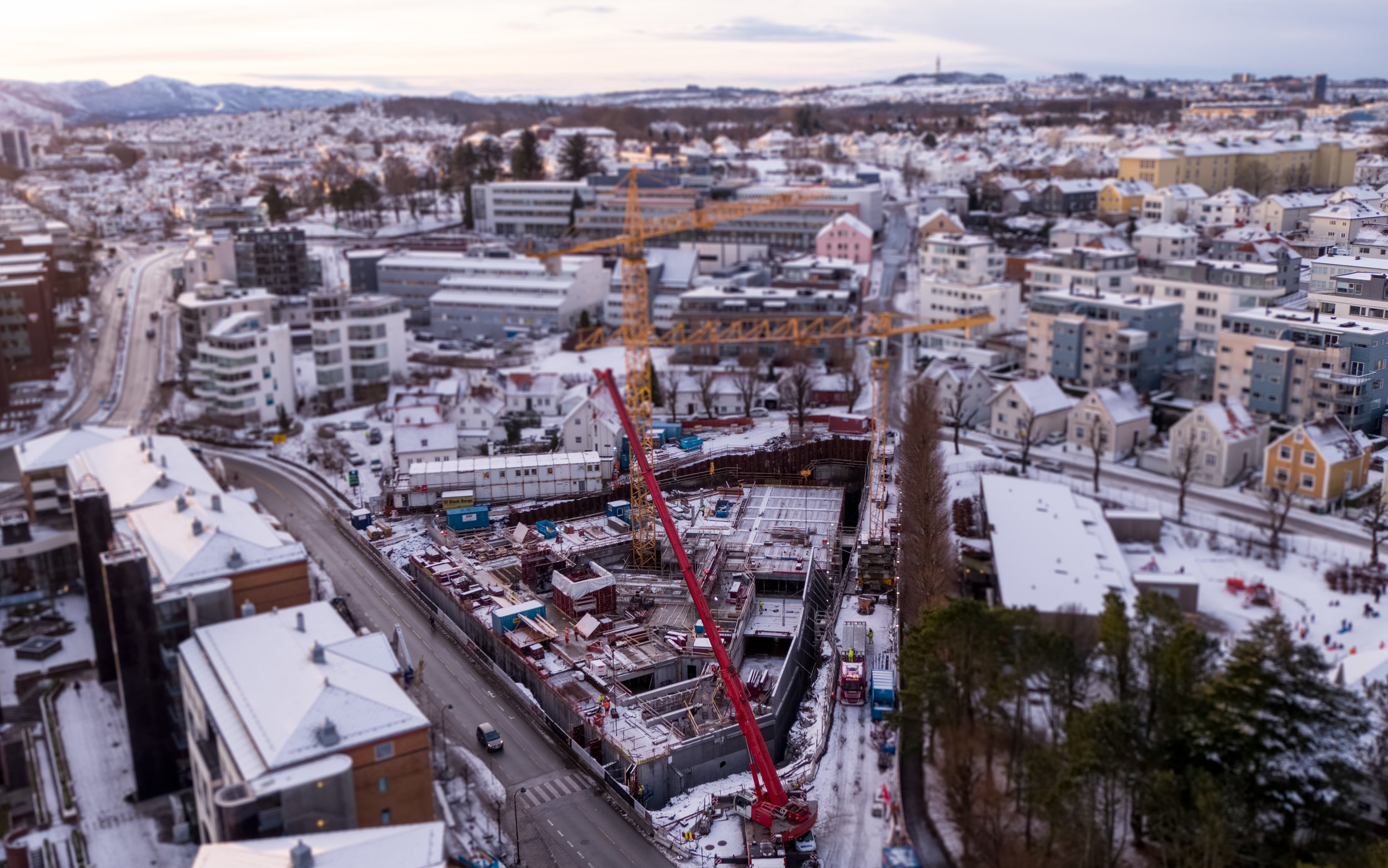 FINANSPARKEN I VINTERDRAKT: Slik så det ut i Bjergsted da snøen lå i Stavanger i januar.Foto: Aeroview