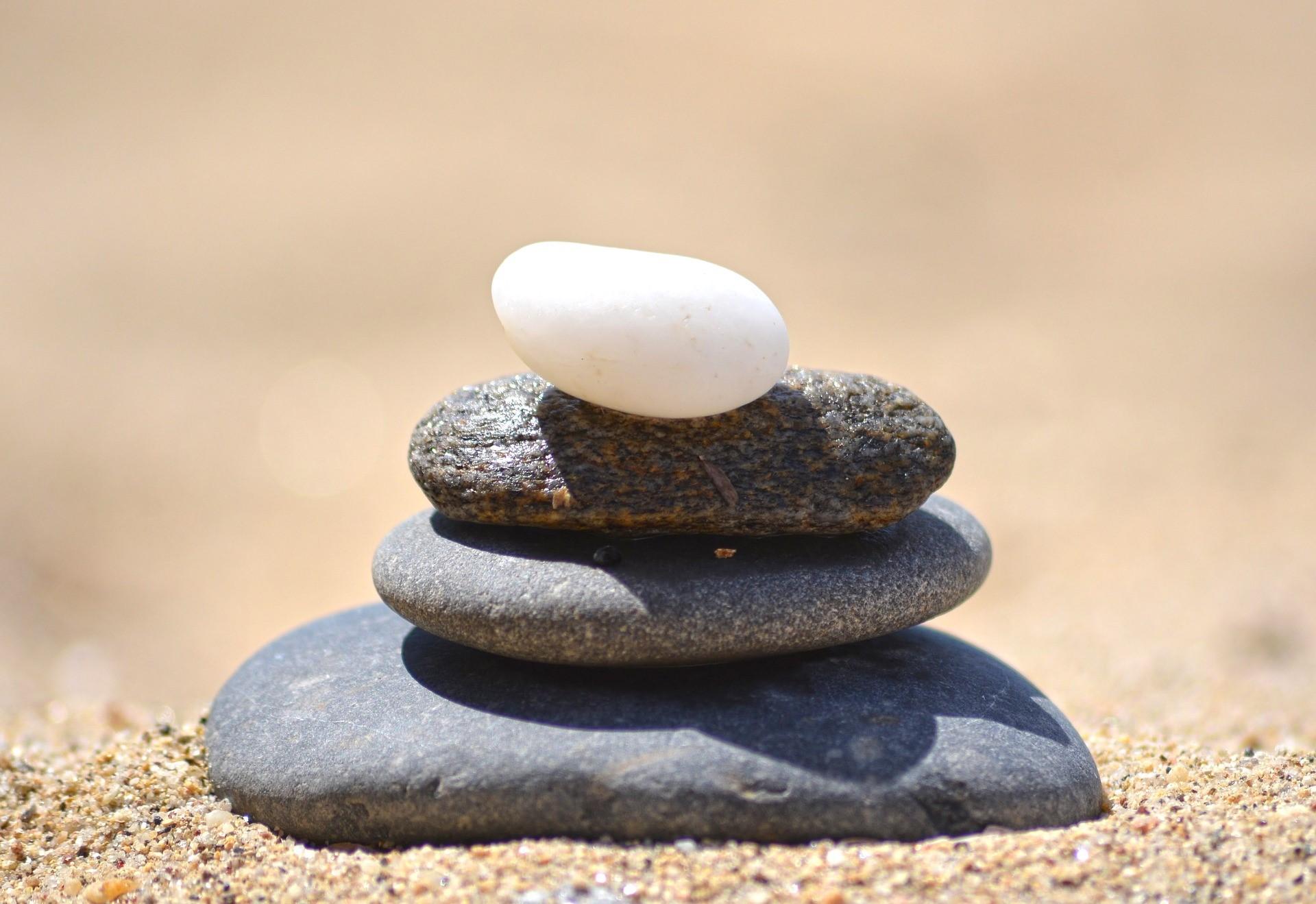stones-2444522_1920.jpg