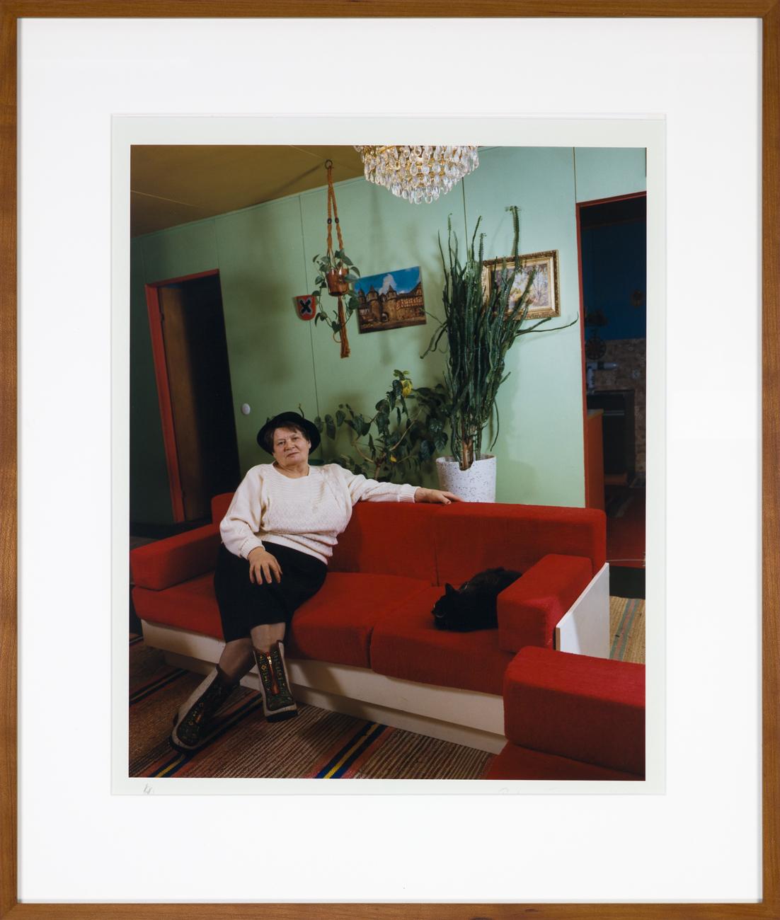 Pekka Turunen  Ett färgstarkt vardagsrum  1985 C-print, 4/25 45,5 x 37 cm