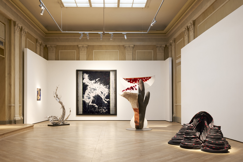 Zheng Lu  'Wave' , Carsten Höller  'Giant Triple Mushroom',  Katrine Helmersson  'Pochoir' .