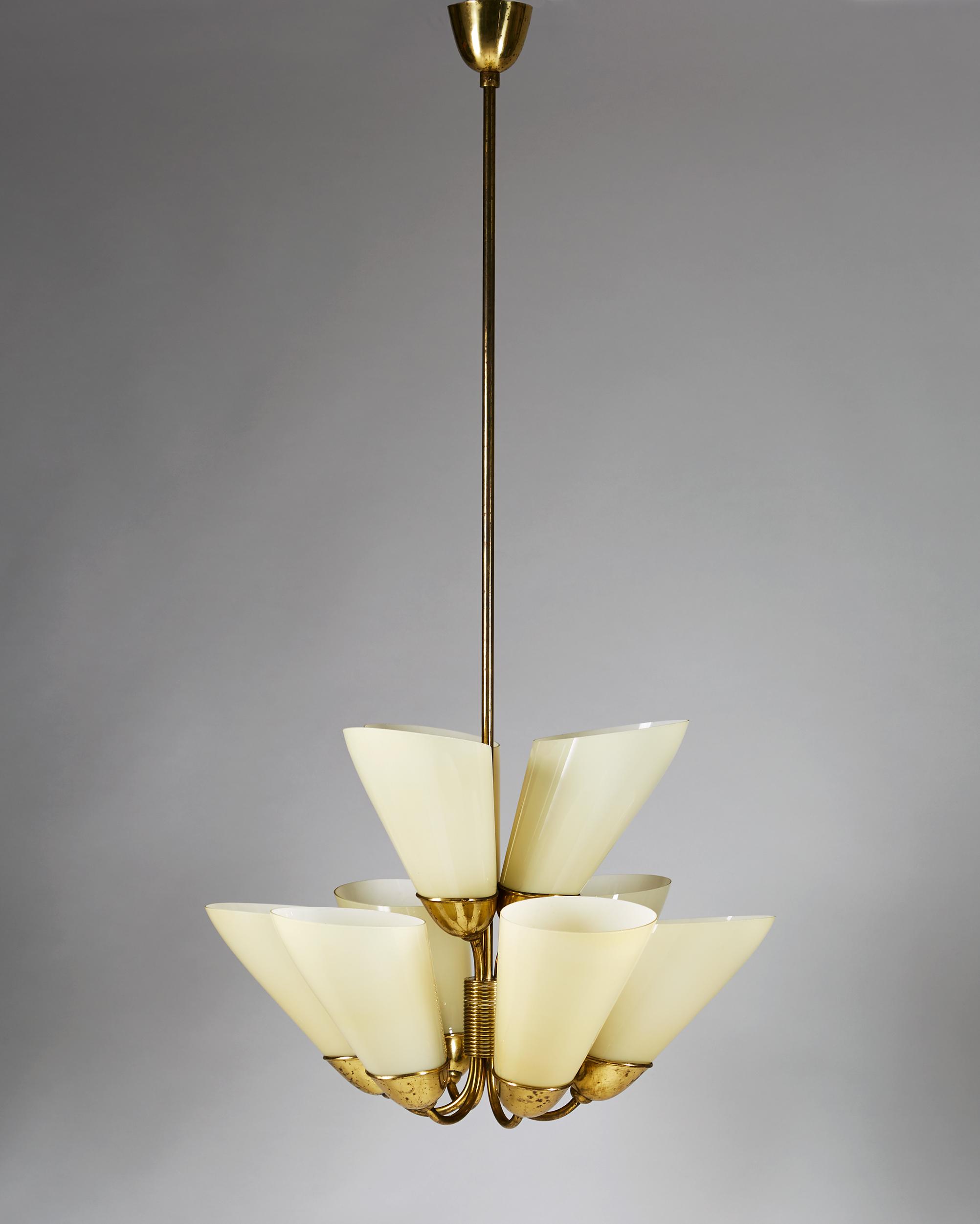 Mauri Almari  Pair of chandeliers, model K1-40 Finland. 1950's Brass and glass. 150 x 70 cm