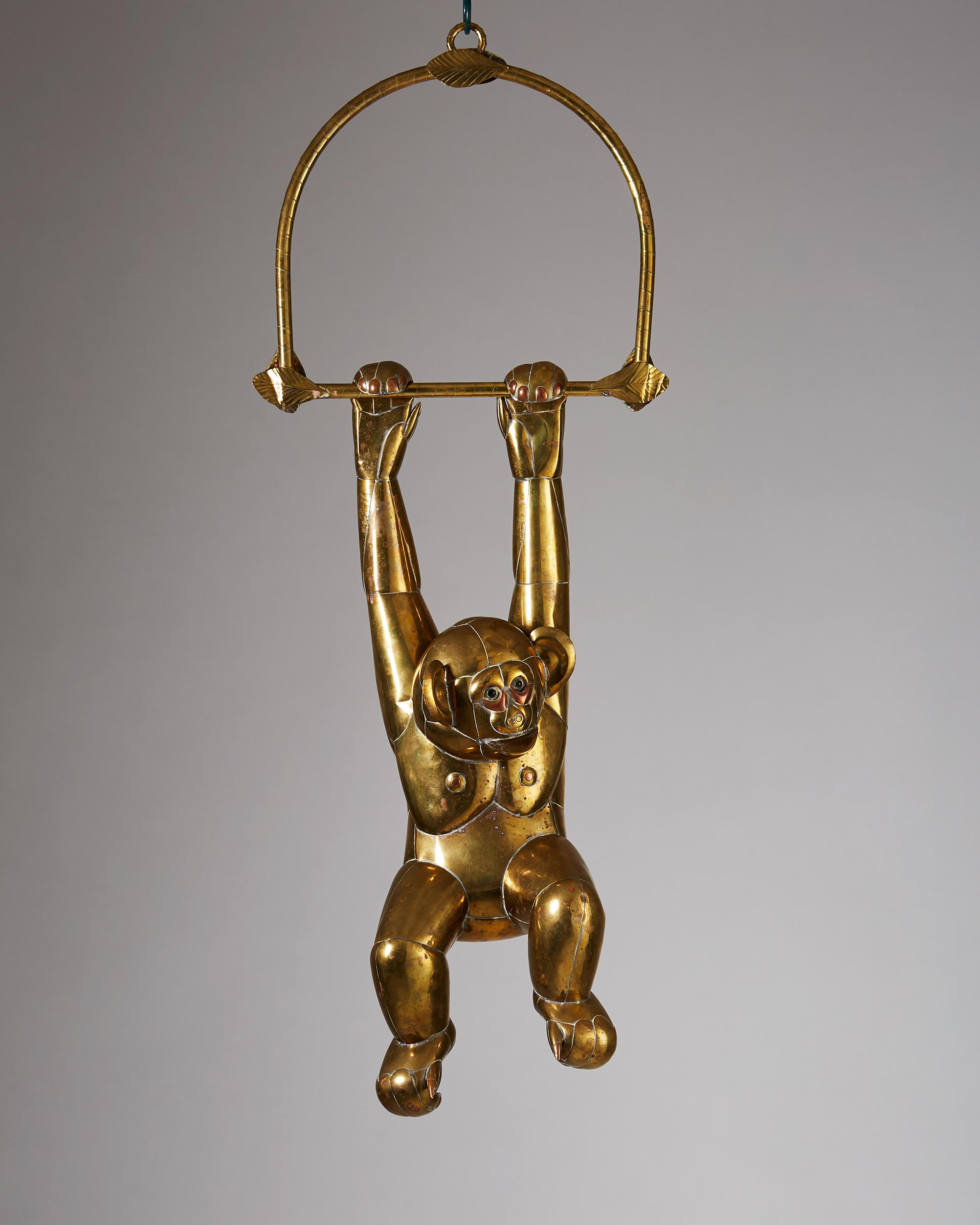 Sergio Bustamante  Monkey sculpture Mexico, 1970's Patinated brass. 83 cm
