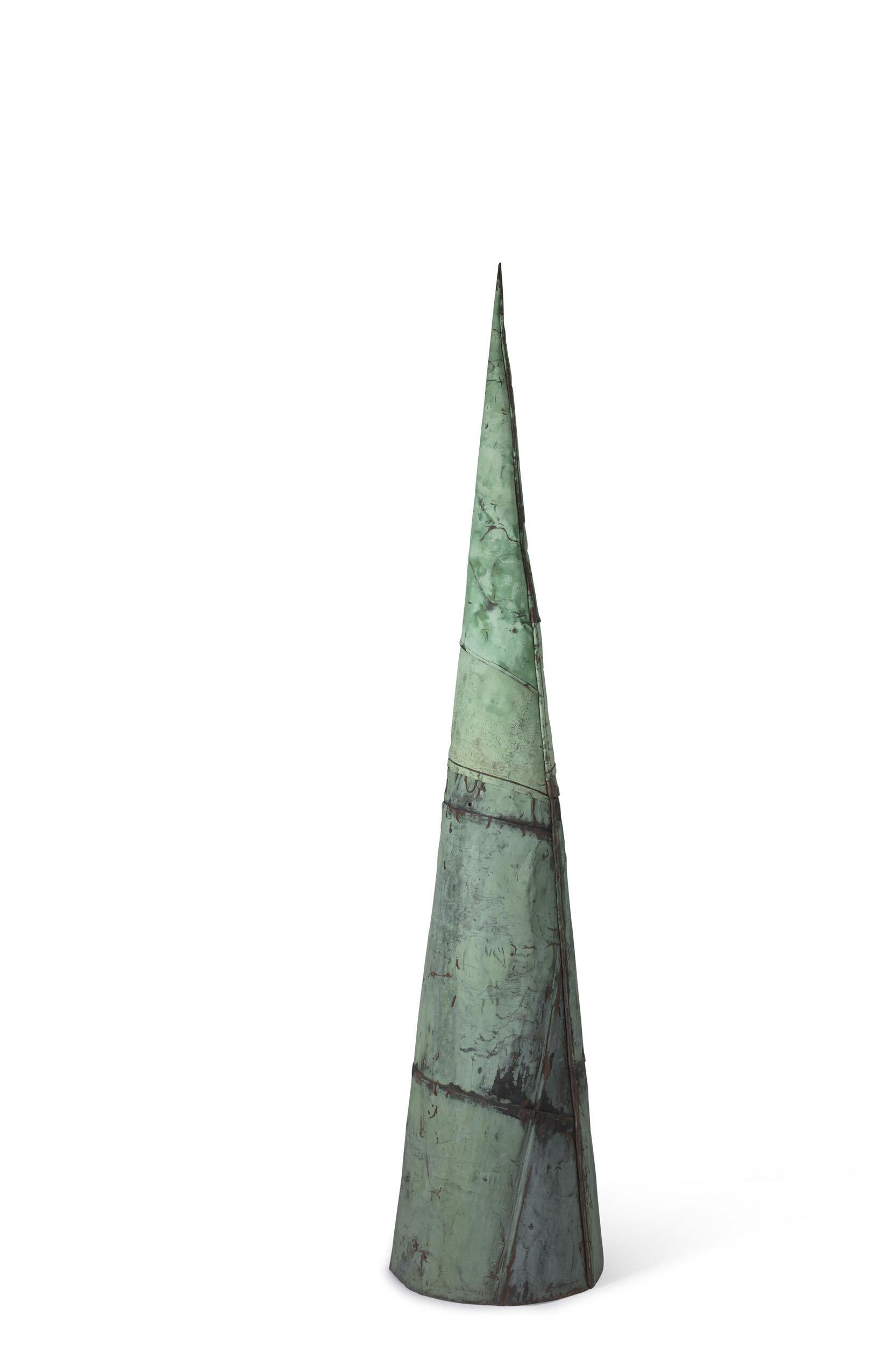 Torgny Larsson   Kon  1985 Skulptur, patinerad koppar från Riddarholmskyrkans tak (Stockholm) Höjd 208 cm