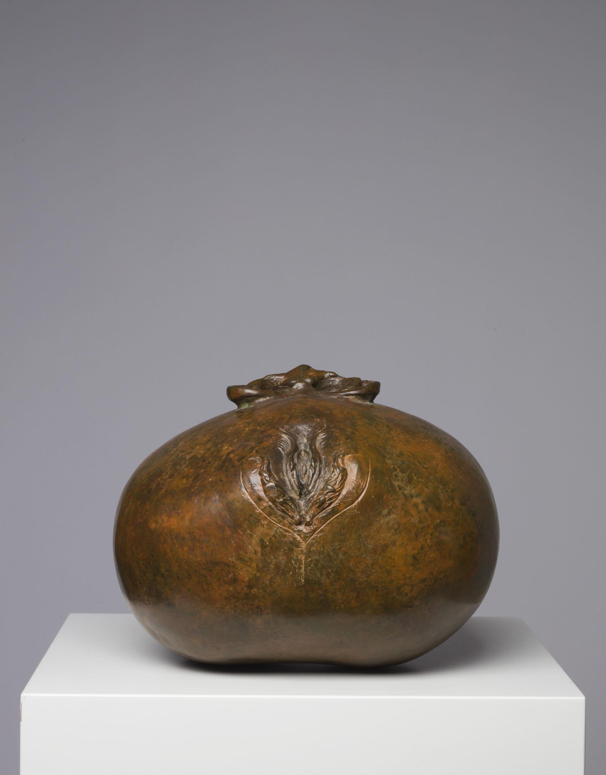 Dan Wolgers   Torso V  2008 Signerad och numrerad 1/5  Patinerad brons Längd 25 cm, höjd 20 cm
