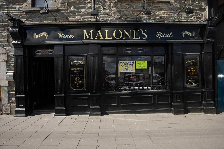 Malone's Irish Pub Design - exterior view