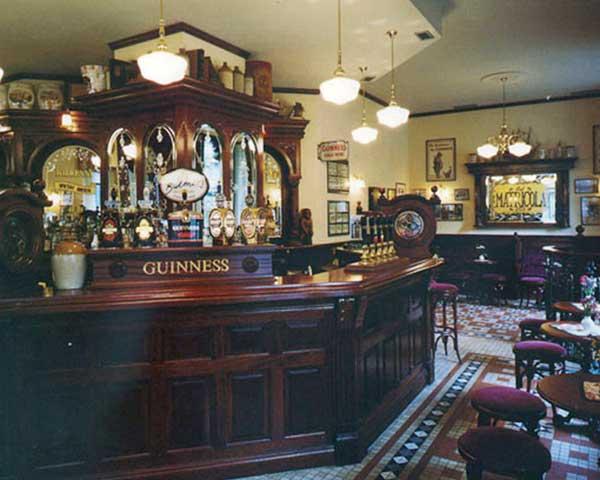 Victorian Irish Pub Design - Interior wooden bar