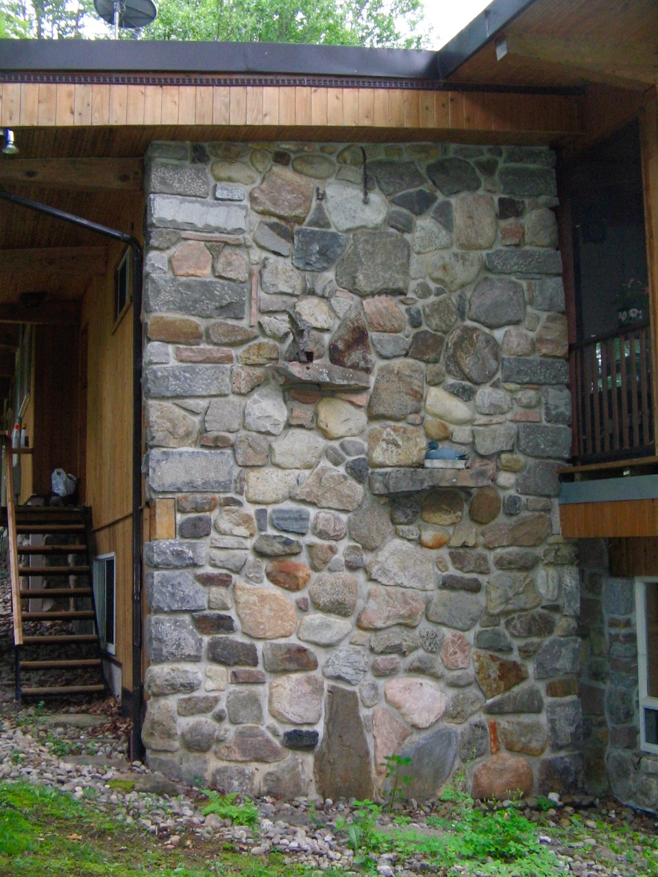 Detail of Rosen family home at Lake Patrick. All stonework by Harry.