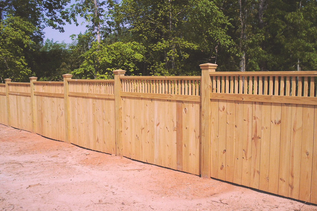 cedar privacy + picket top