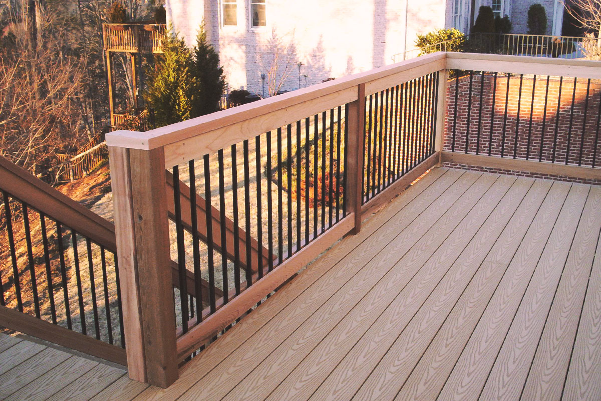 cedar/composite deck + aluminum pickets