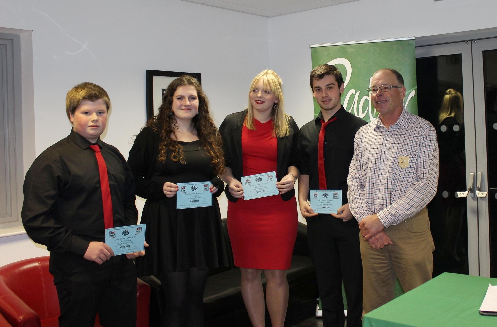 2nd Place Mark Nixon, Lucinda Mitchell, Lucy Brown & William Davies, Edw Valley YFC with Judge Mr Ifor Humphreys.