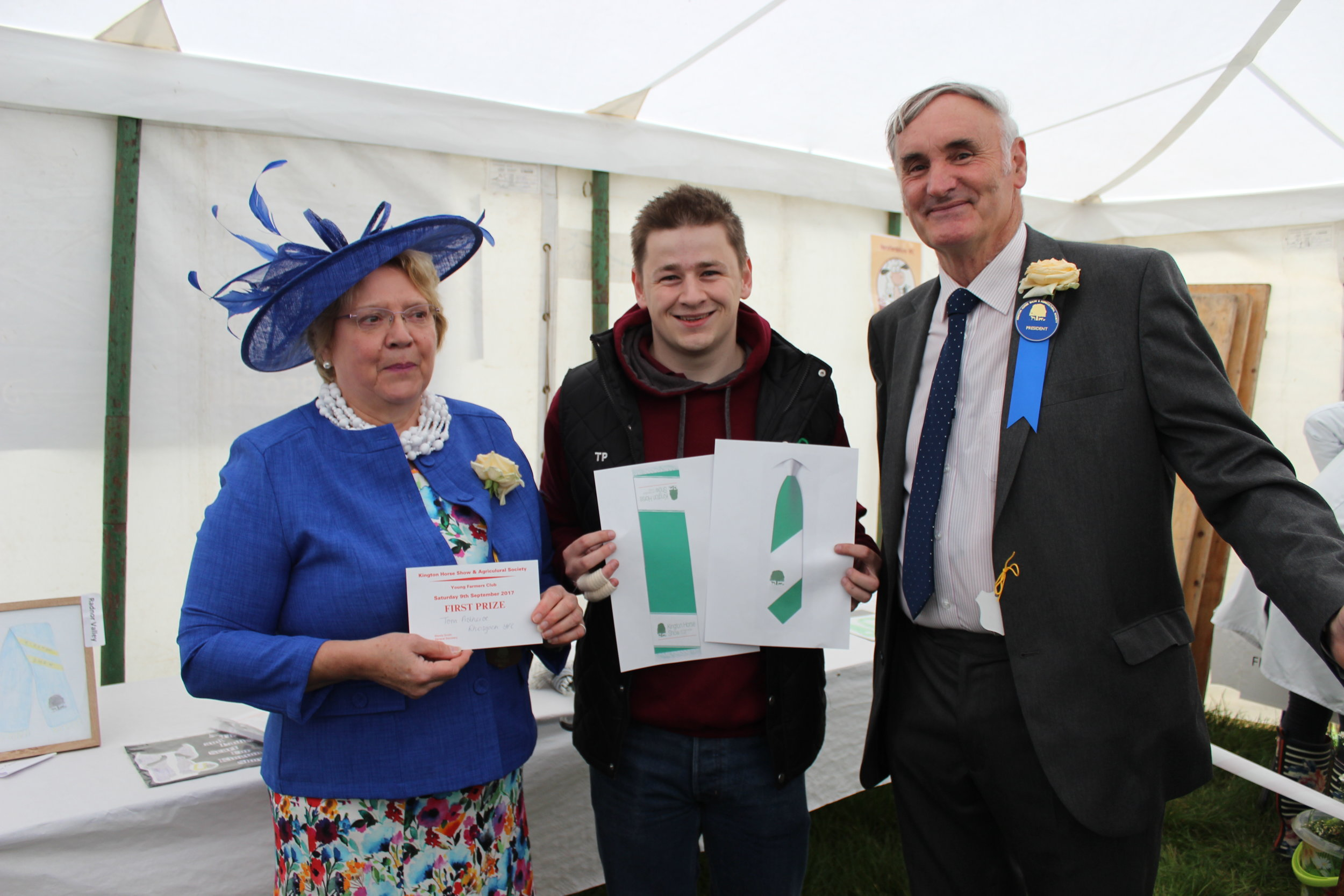 Tom Protheroe, Rhosgoch YFC winning the President's Challenge to design a tie and scarf for Kington Show Society which will be produced ready for next year's Show - Well Done Tom!