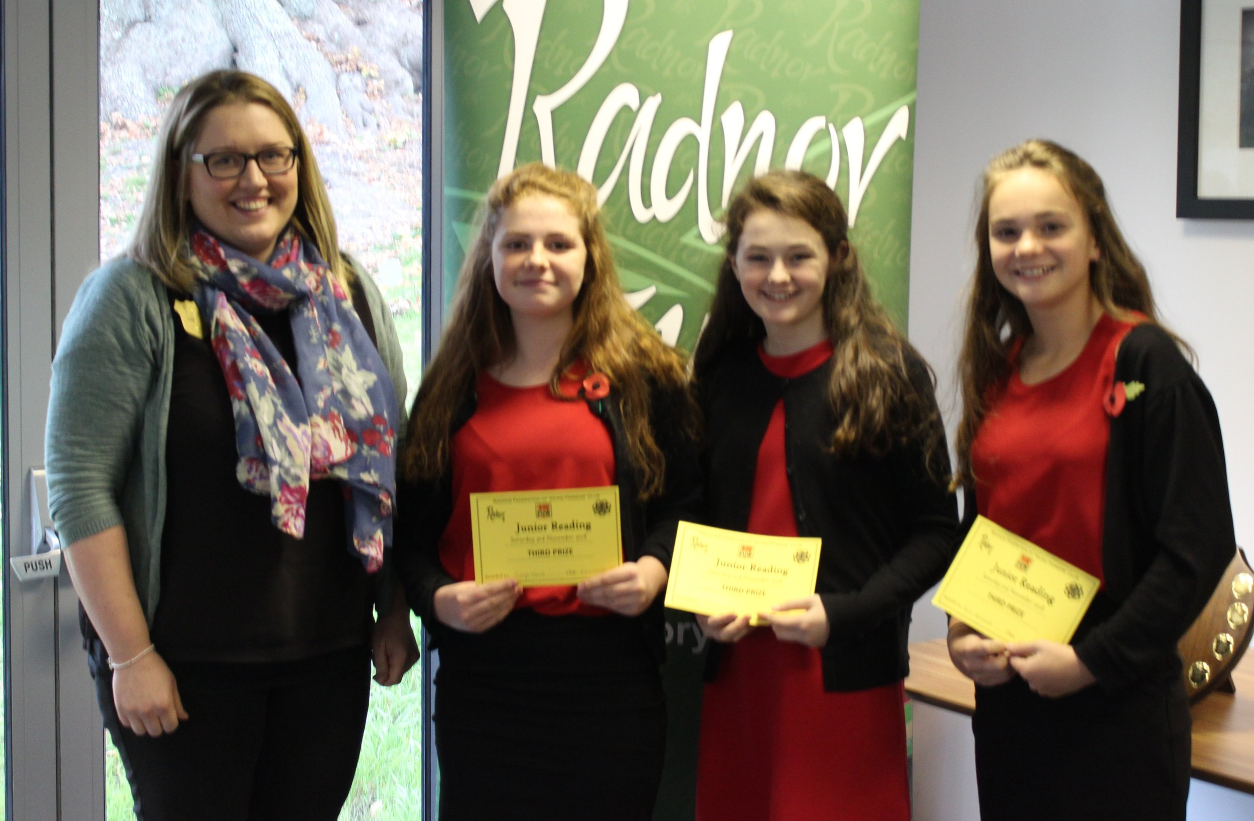 3rd Place in the Junior Reading Competition, Edw Valley YFC with Judge Emily Bevan.