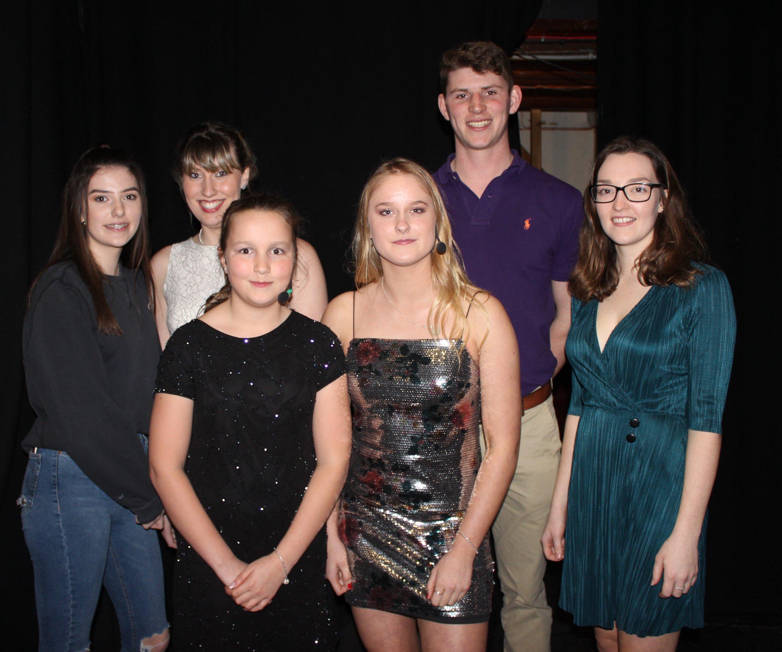 Hannah Thomas, Katie Owen, Nia Thomas, Gemma Halstead, Will Lewis & Rhian Griffiths, Dolau YFC.
