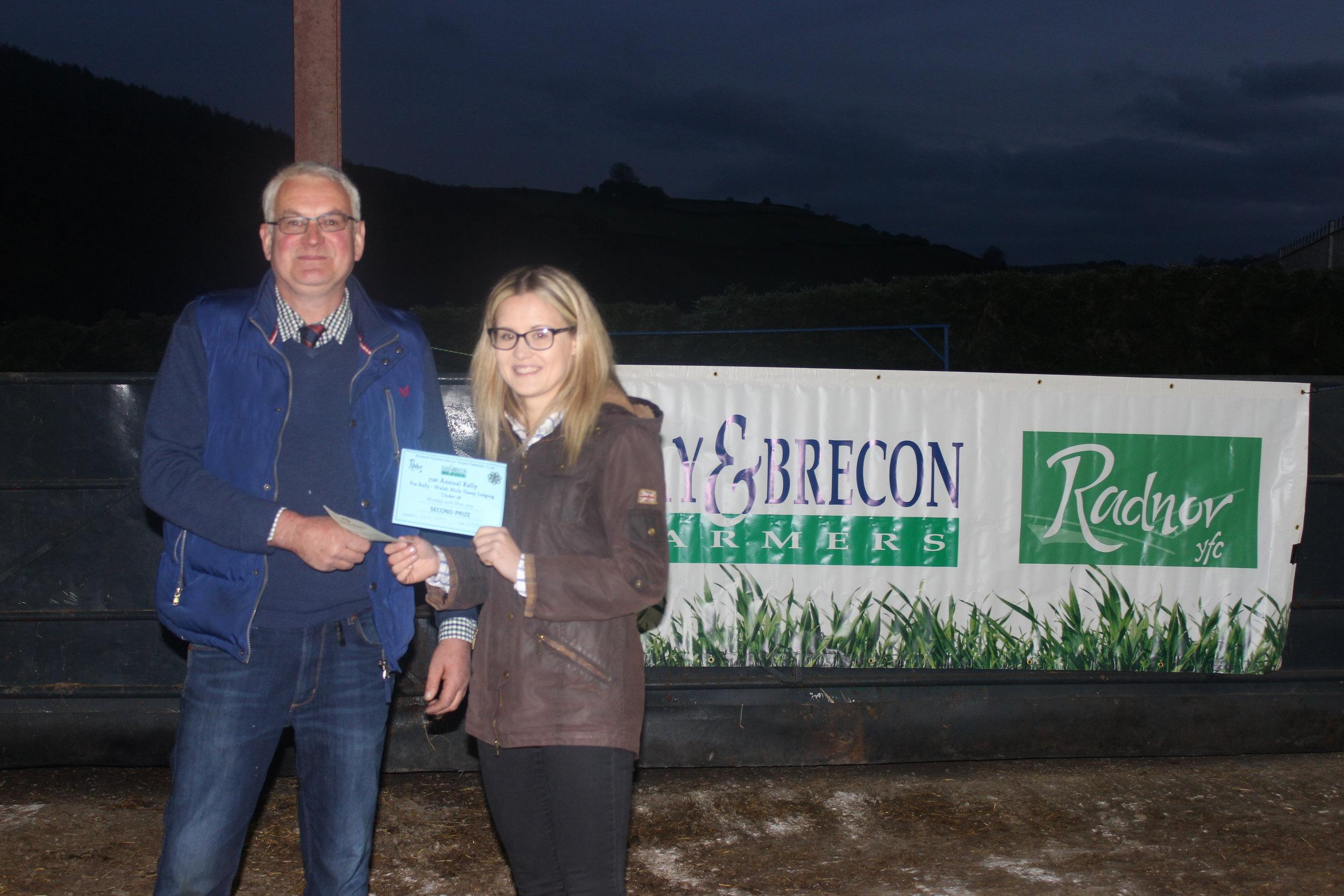 Laura Watson, Llanbadarn Fynydd YFC - 2nd place in the Welsh Mule Stockjudging with Judge Morton Powell.