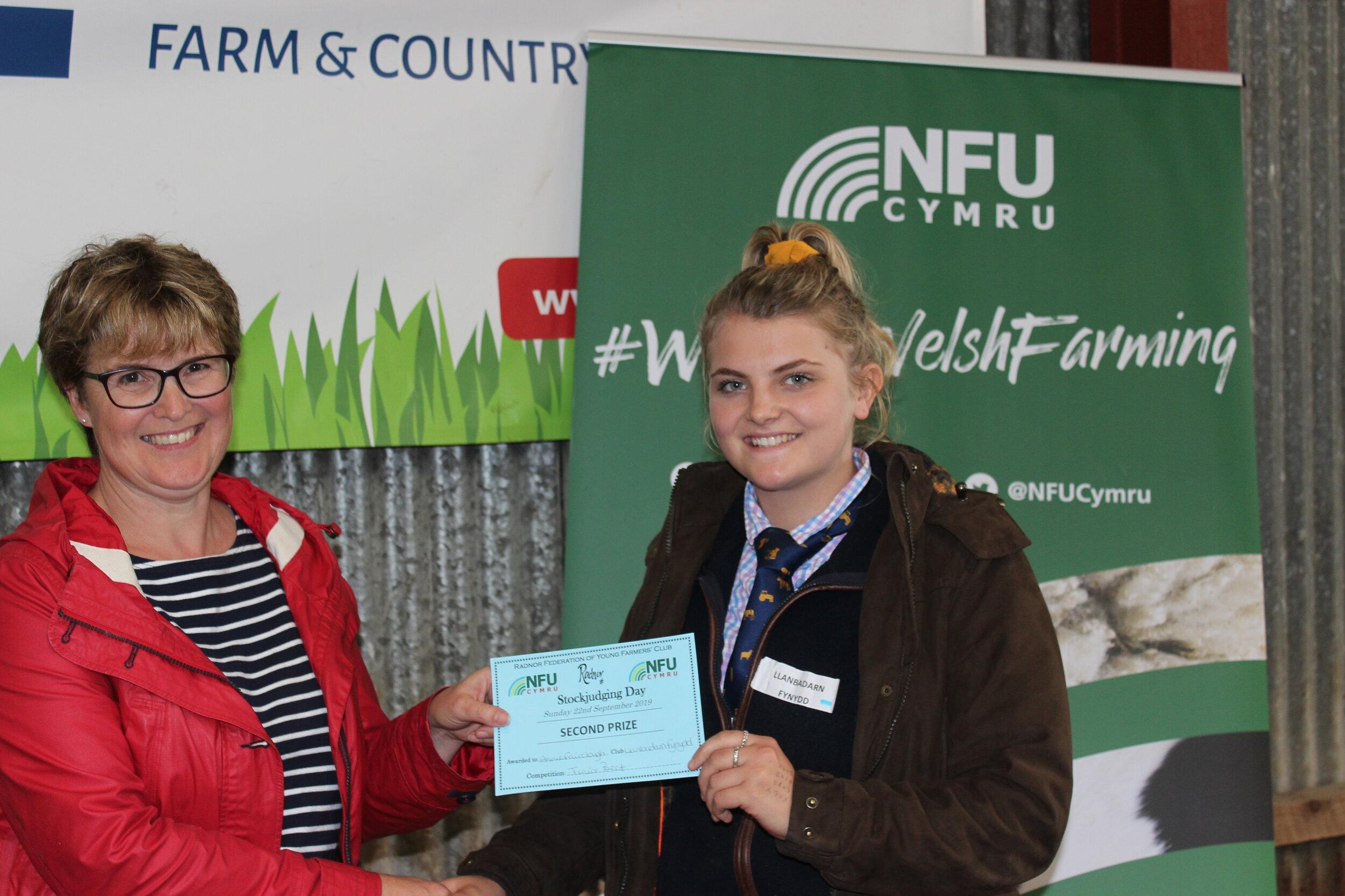 Annie Fairclough, Llanbadarn Fynydd YFC - 2nd place in the Junior Beef.