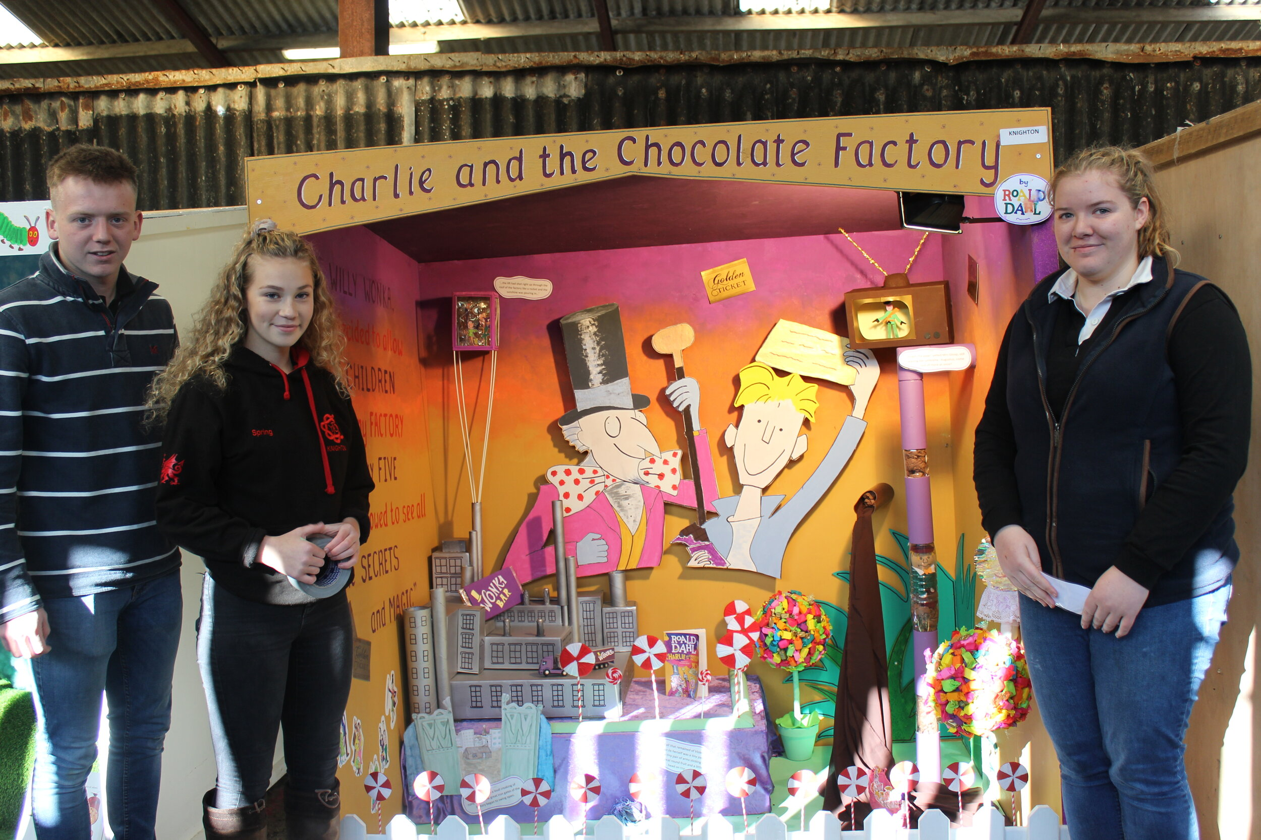 Sam Beavan, Grace Licence & Natalie Wood with their 1st place Federation Display.