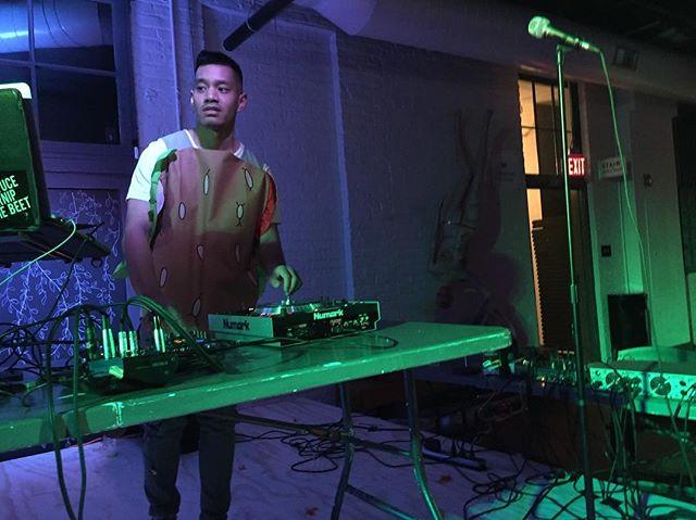 DJ Gene Belcher 🍔 @thehofgarden